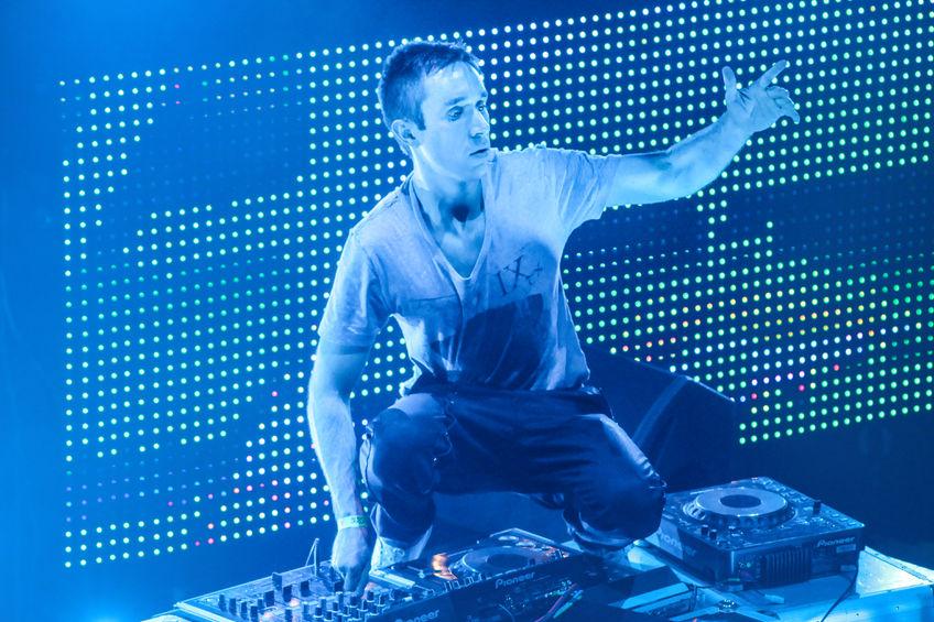DJ Eddie Halliwell performs at Urban Wave festival on April 16, 2011 in Minsk, Belarus