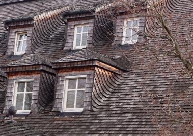 Residential inspection of cedar shingles and exterior trim