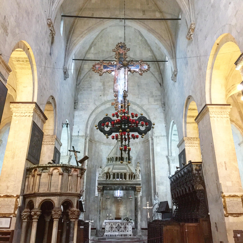 Split Cathedral Saint Domnius Inside.JPG