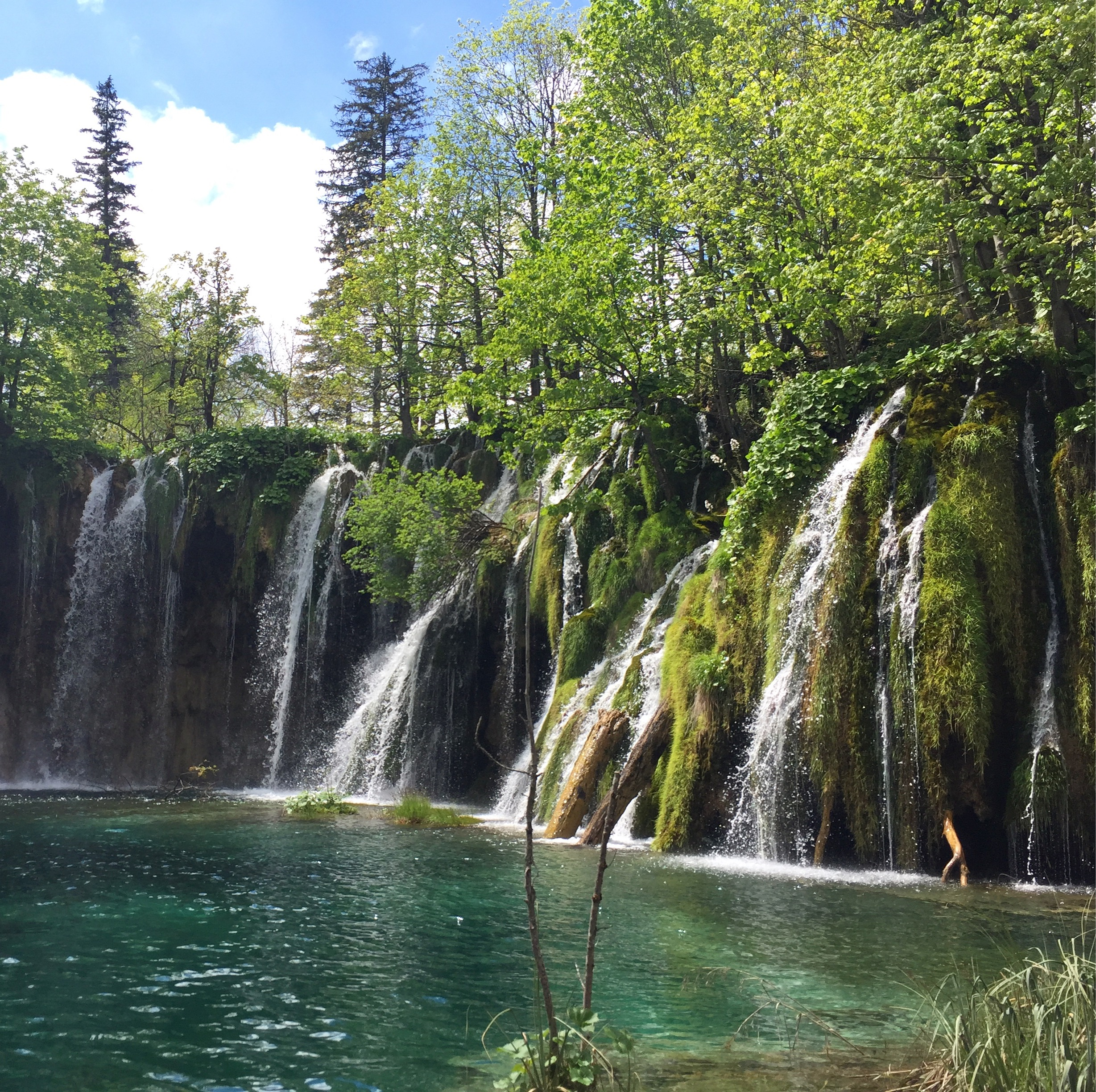 Plitvice Lakes - Traveling Newbies Must-See