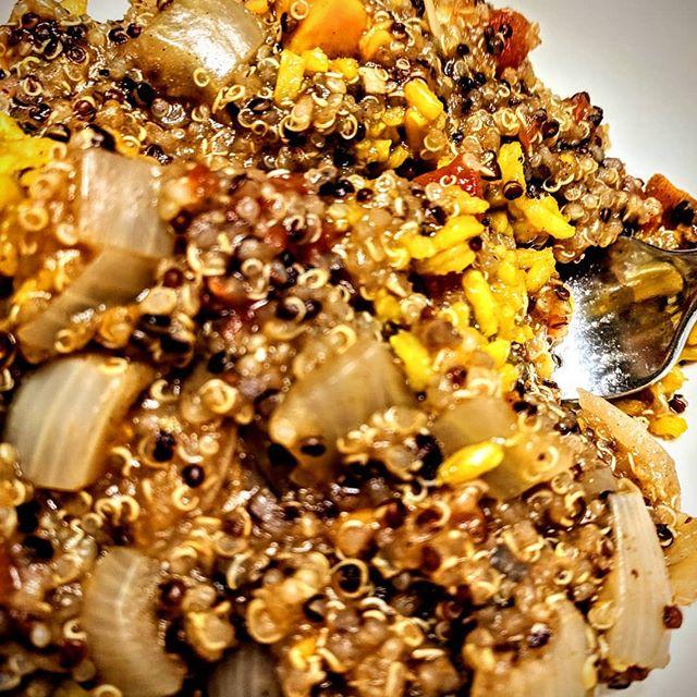 My daughter wanted to make dinner today.  So we made quinoa and sweet potato chili on top of tumeric brown rice.  Perfect on a cool night in Arizona! #vegan #vegatarian #veganfoodshare #veganlife #veganrecipes #childrencooking #veganchil #tumericrice #sweetpotato #quinoa #eatyourveggies #azliving🌵 #vegansofaz #foodie #veganfoodporn #yum #dinnerisserved #veggiesitswhatsfordinner