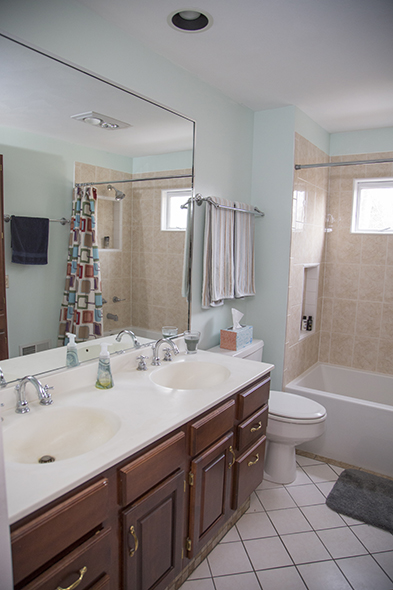 Guest full bathroom (his and hers sinks!)
