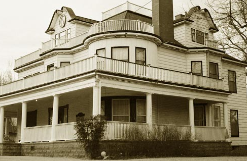 The     Stone Lion Inn   is a favorite for ghost hunters. Beautiful Bed and Breakfast that hosts Murder Mystery Dinners because of its numerous ghost stories.
