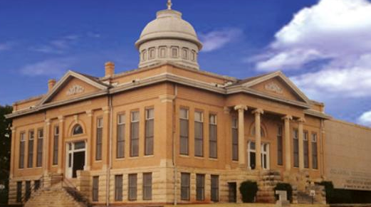 The     Oklahoma Territorial Museum & Carnegie Library   tell the history of Guthrie as the capital city of the territorial government and the very first state capital.