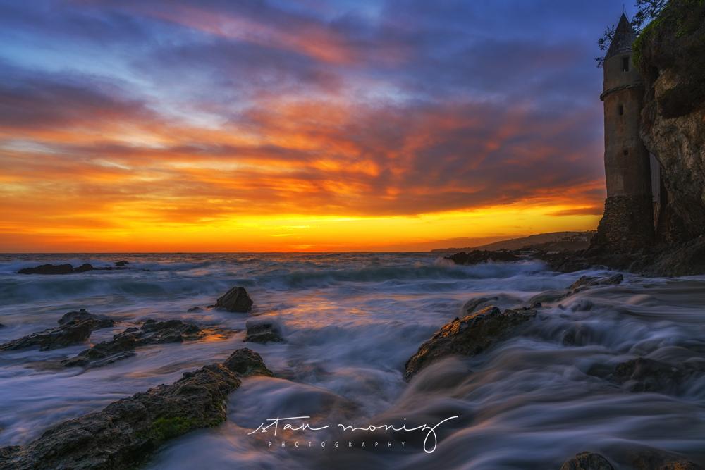 VICTORIA-BEACH-CASTLE-SUNSET-LAGUNA-BEACH-CALIFORNIA-STAN-MONIZ-PHOTOGRAPHY.jpg