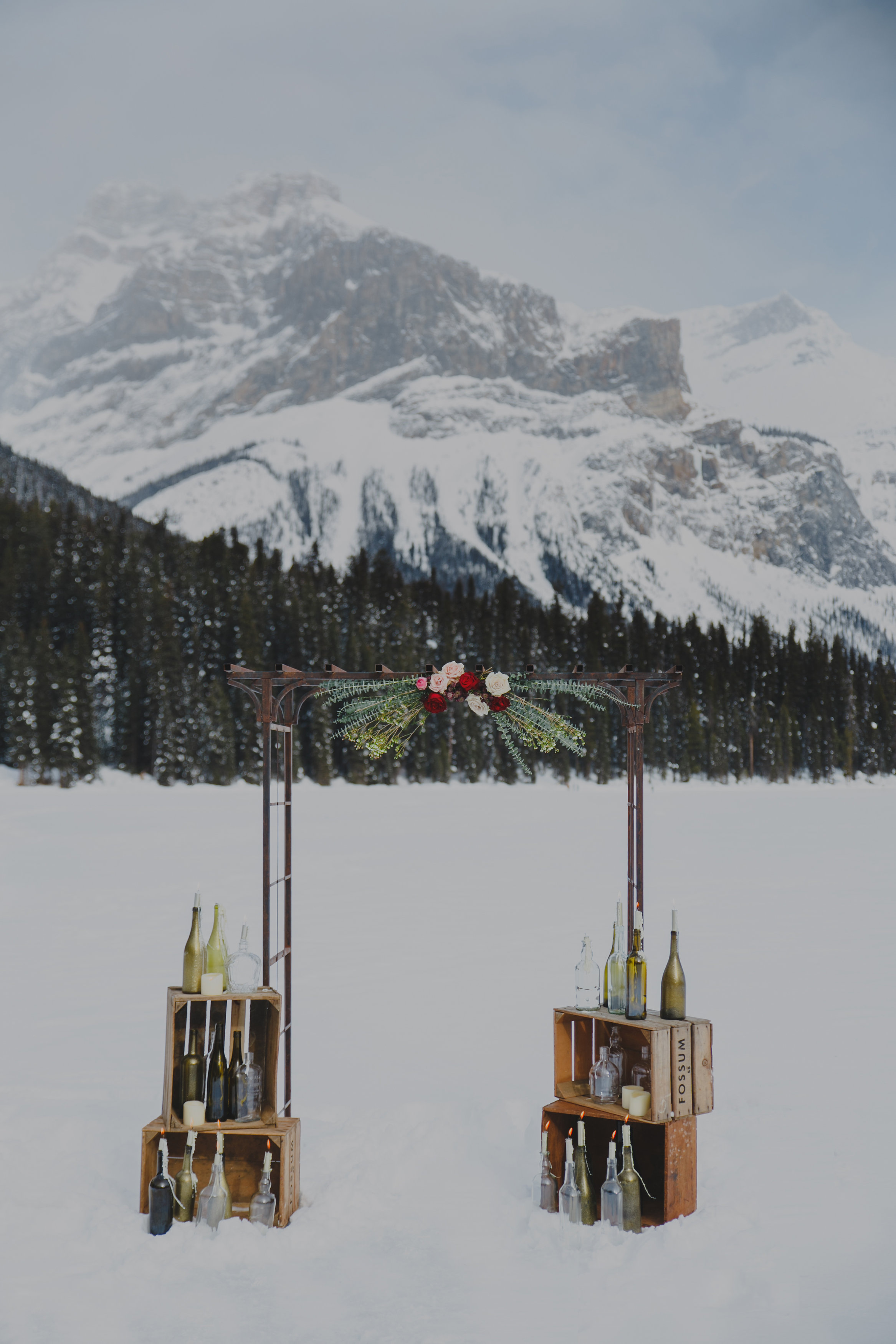 C-EmeraldLake-RockyMountainWedding-Lolo&Noa-4.jpg