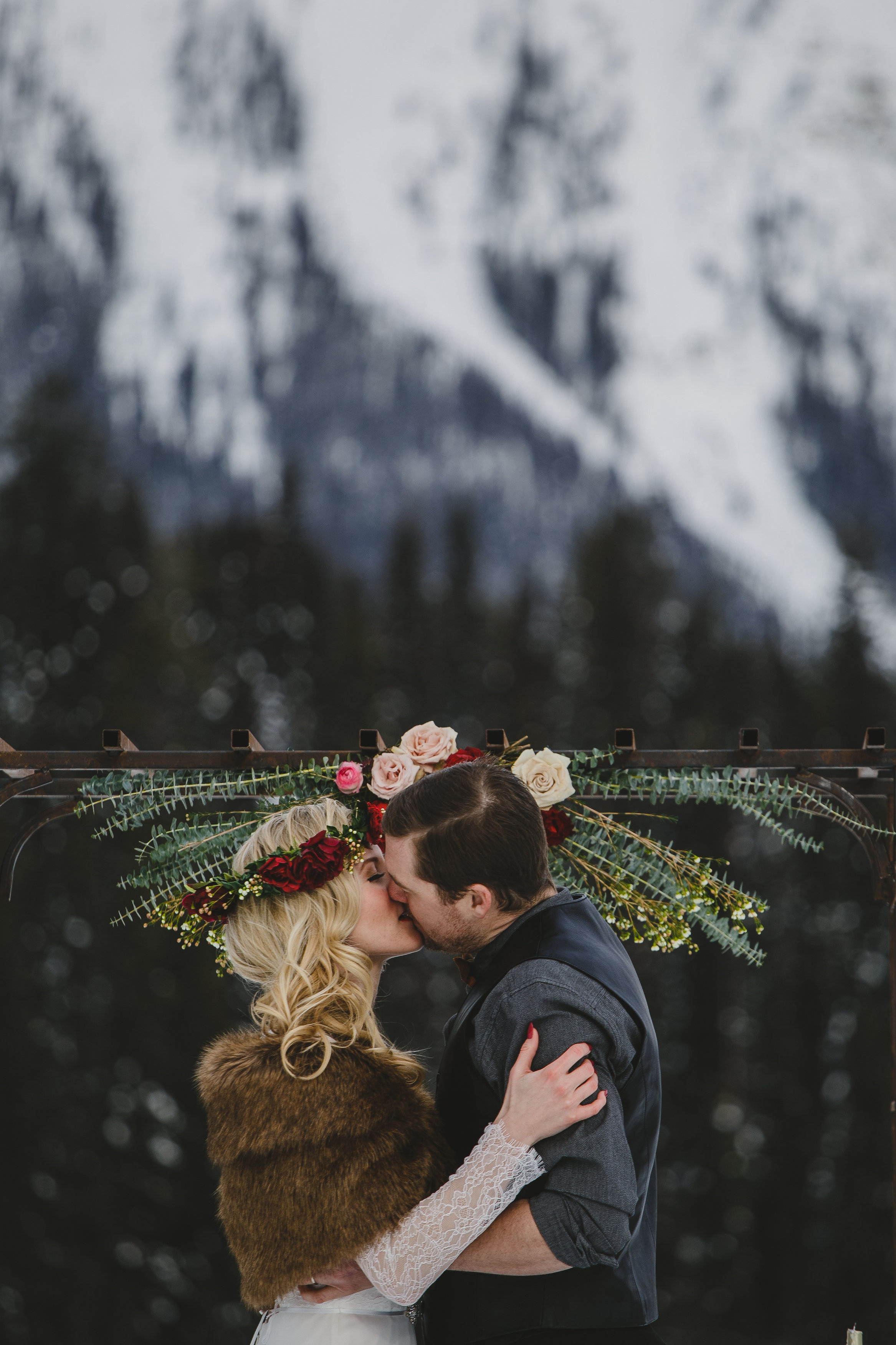D-EmeraldLake-RockyMountainWedding-Lolo&Noa-18.jpg
