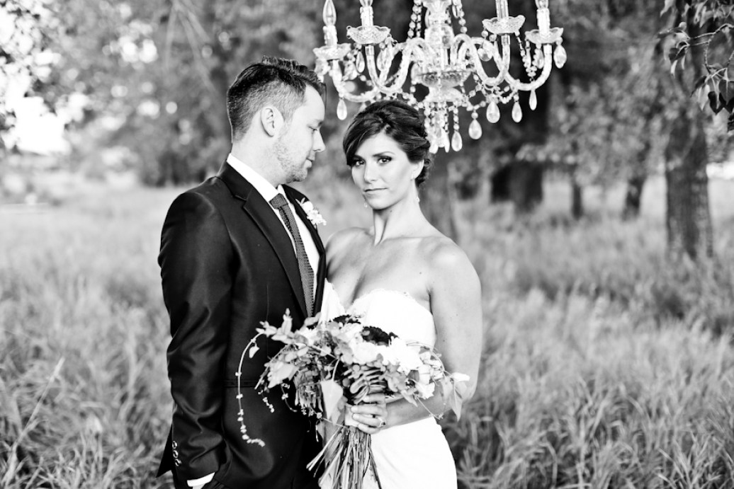 Lindsay_Skeans_Photography_CalgaryWeddingCreative124_low.jpg