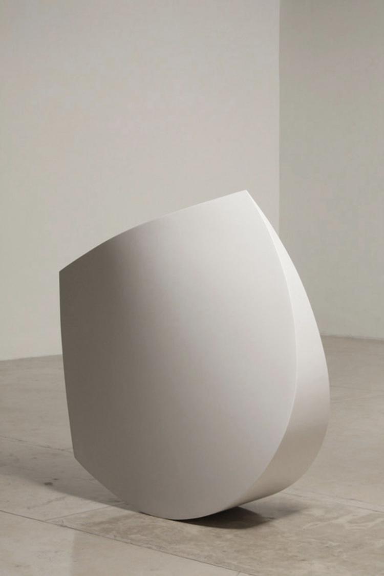 2Chicuelina, 2007. Fiberglass, resin and polyurethane 51 x 5 x 18.jpg