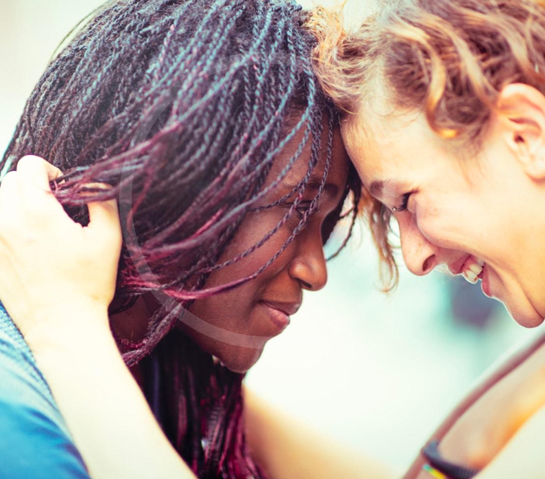 lesbian_communication_heroine.jpg