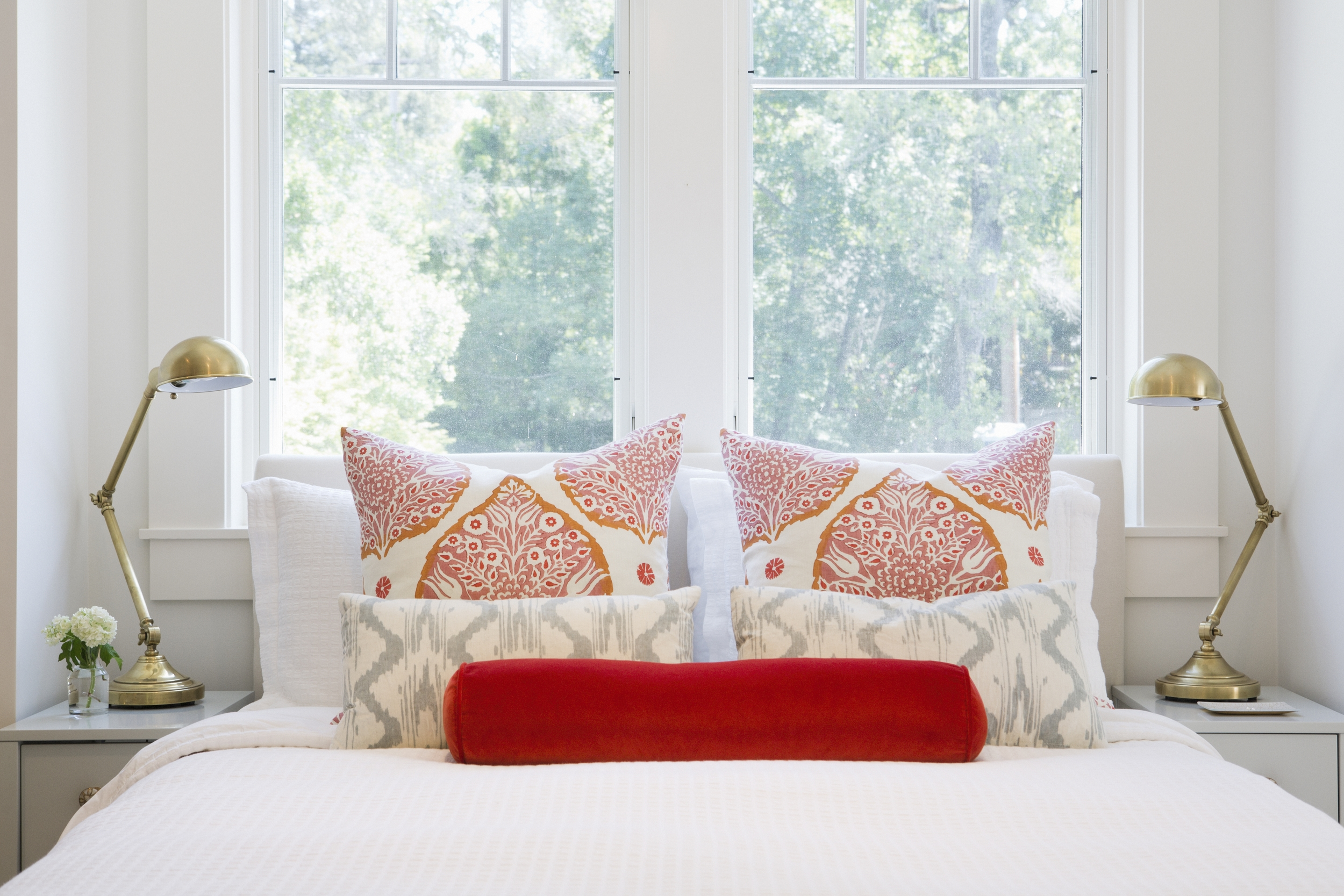 Braun + Adams Guest Cottage Bed Pillows.JPG