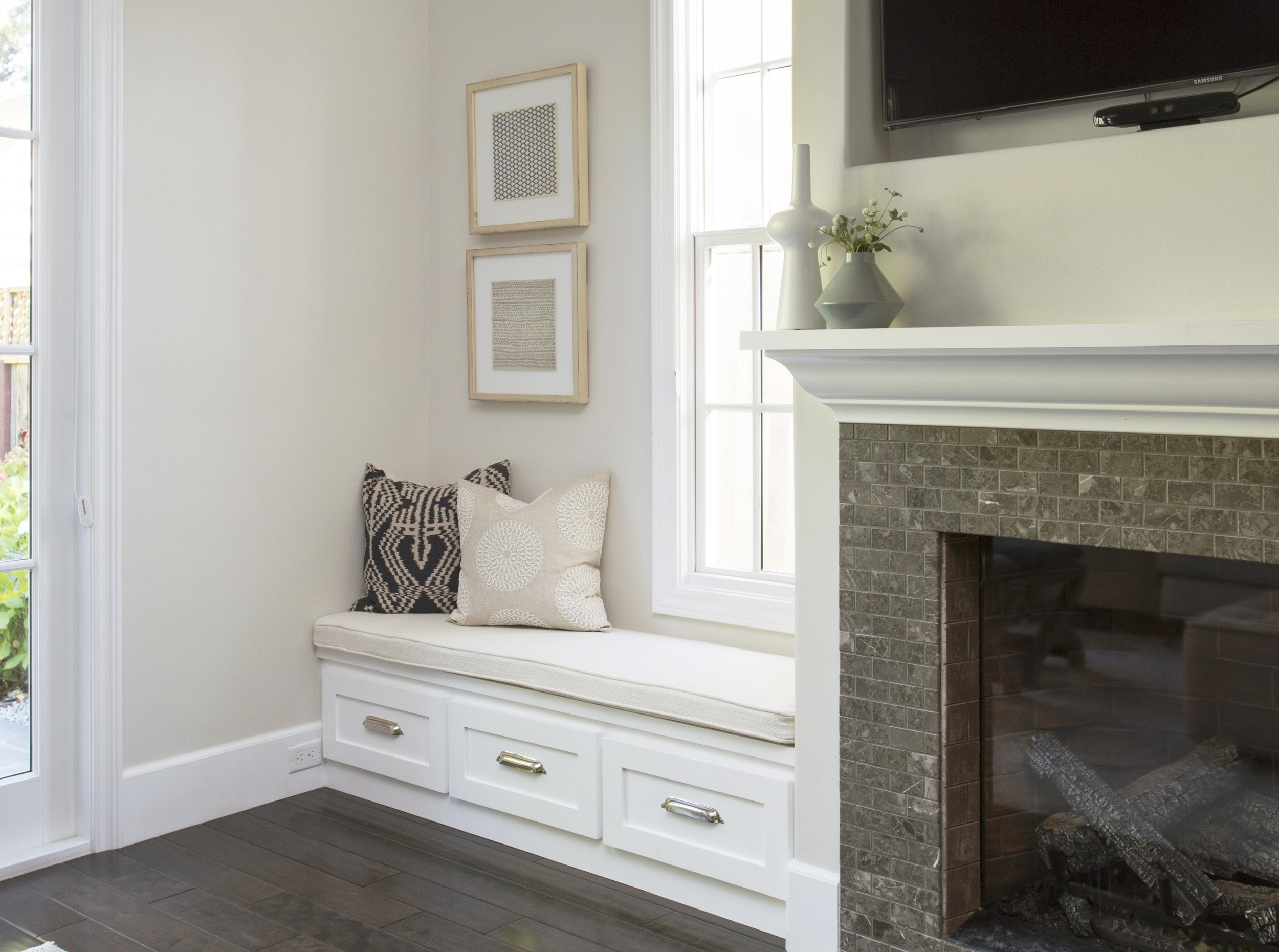 Braun + Adams Valparaiso-living room detail 1.jpg