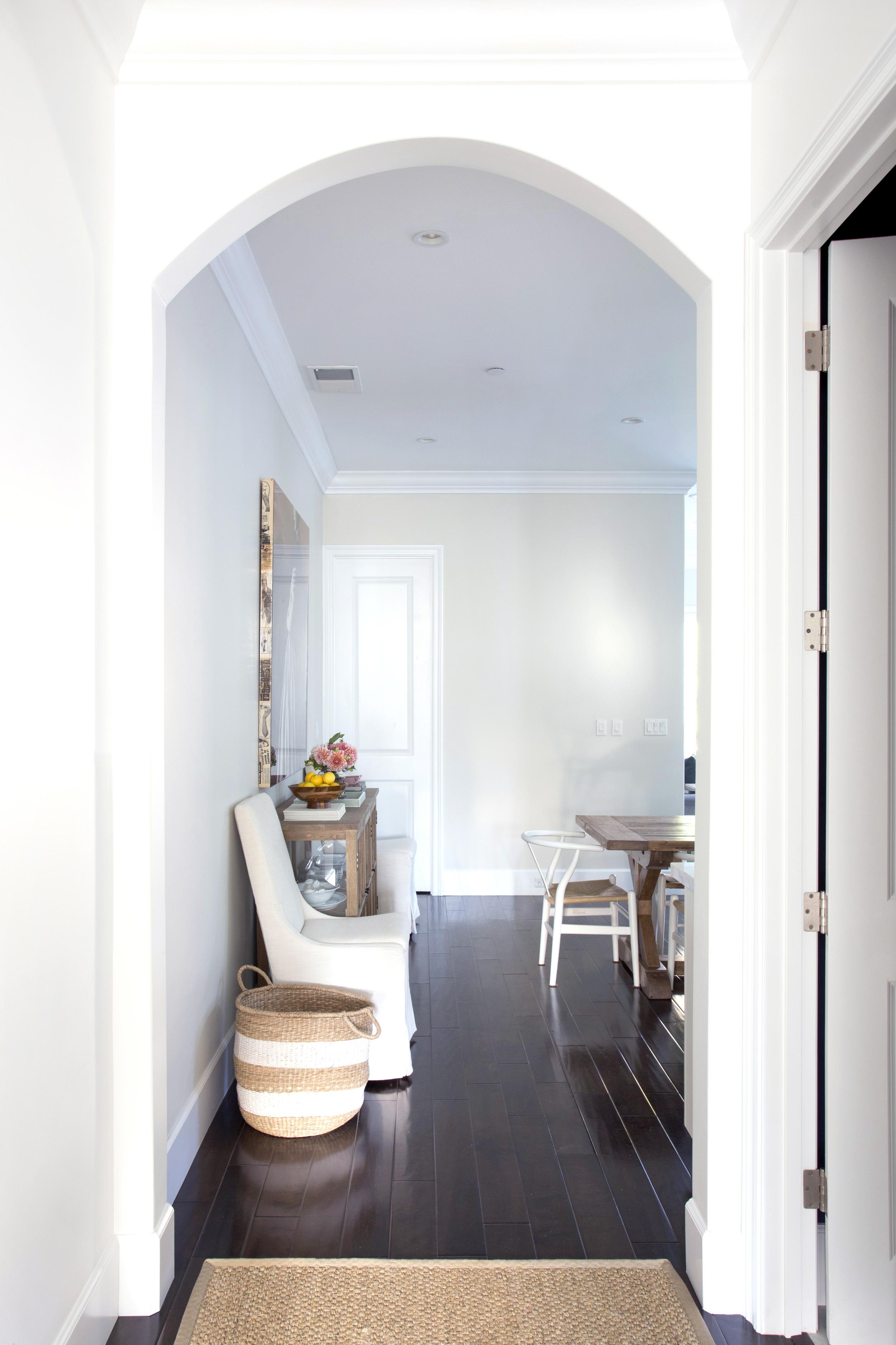 Braun + Adamsn Valparaiso-hallway.jpg