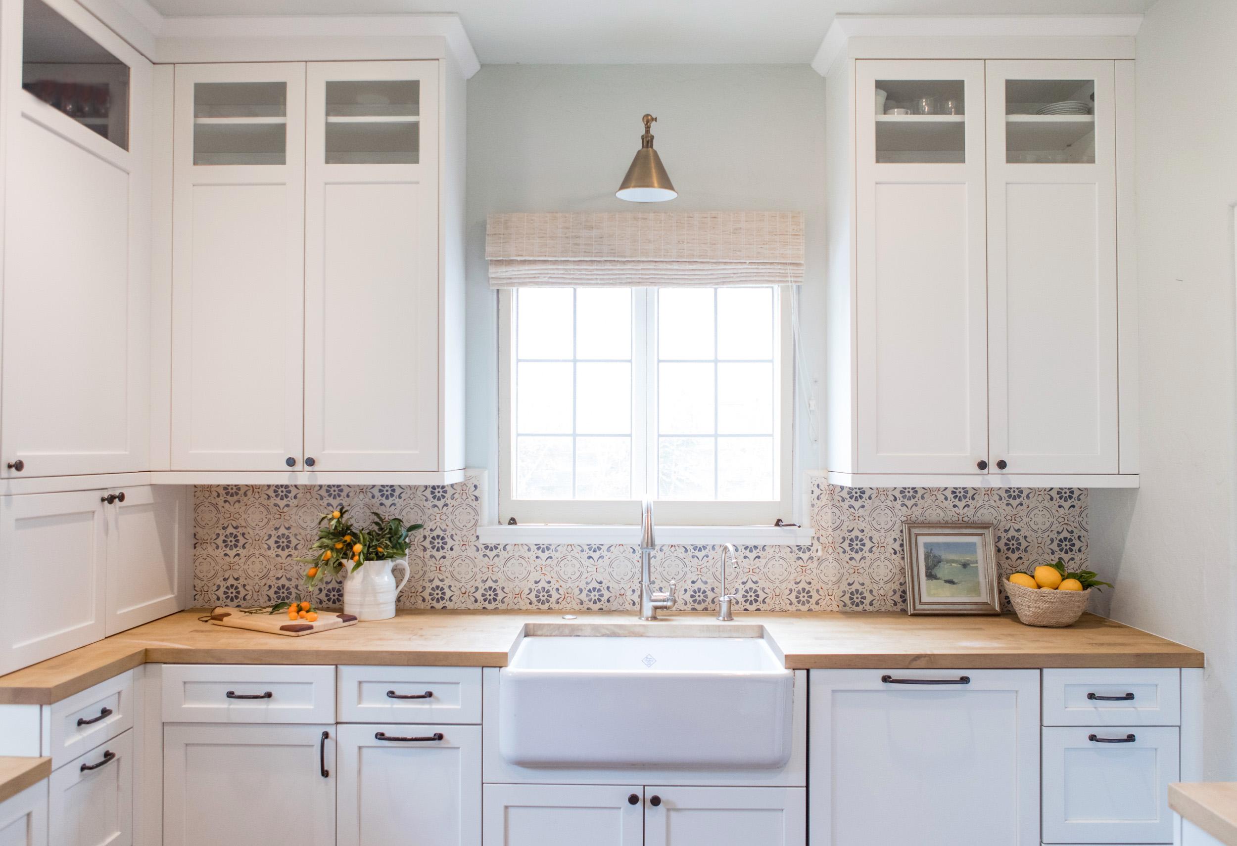kitchen 6696.jpg