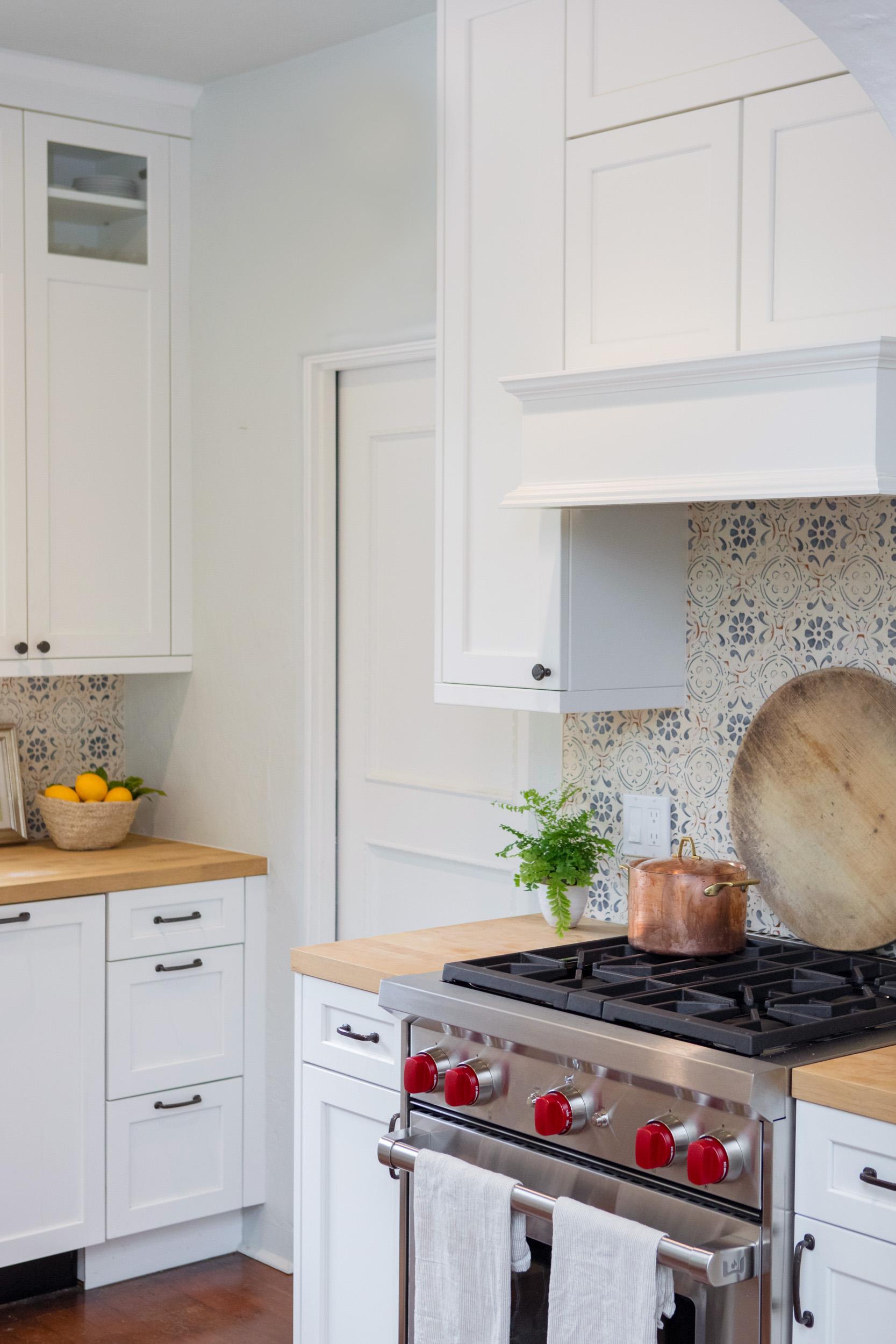 kitchen 6747.jpg