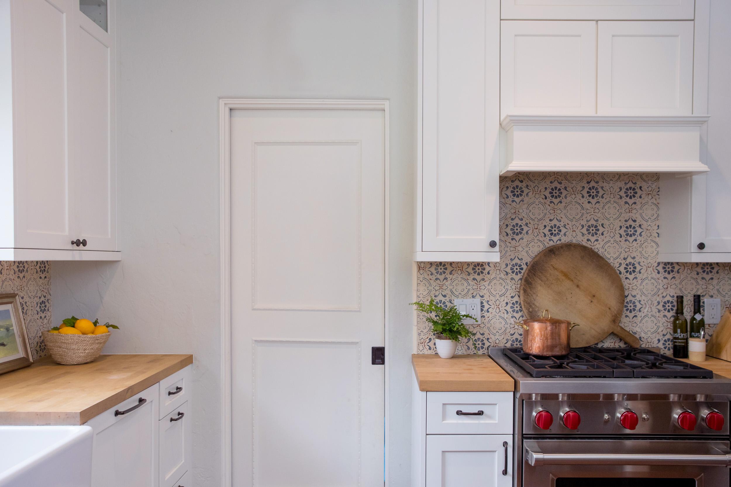 kitchen 6751.jpg