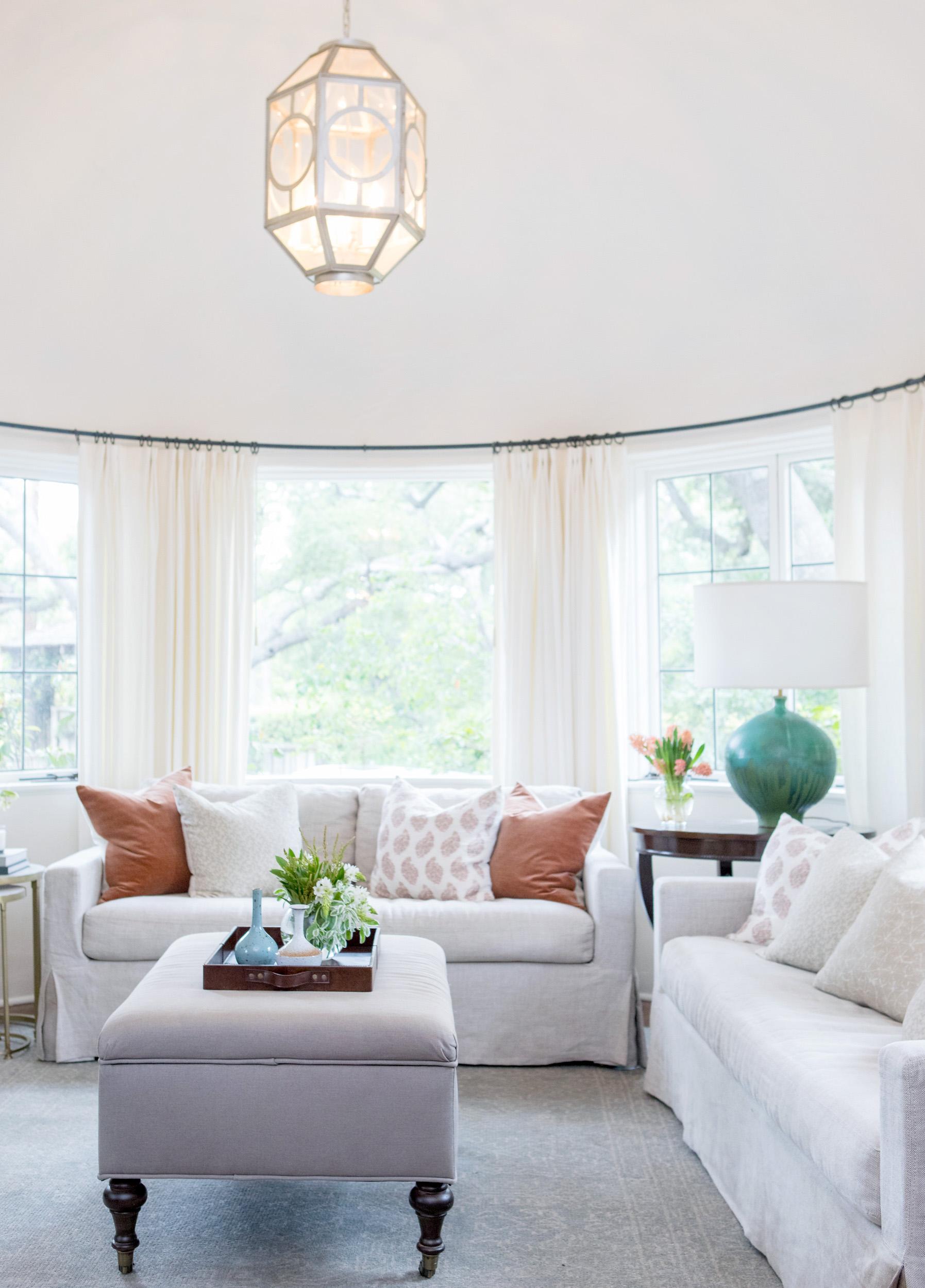 living room 6779.jpg