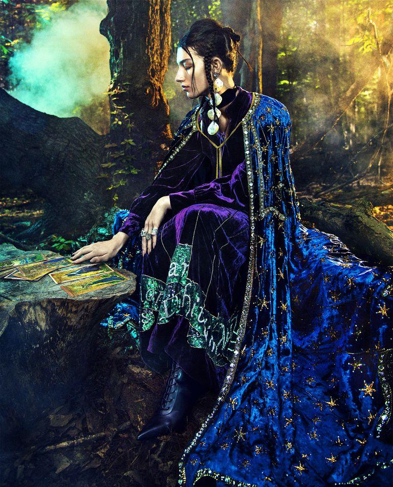 hbz-witch-embed2-1542044785.jpg