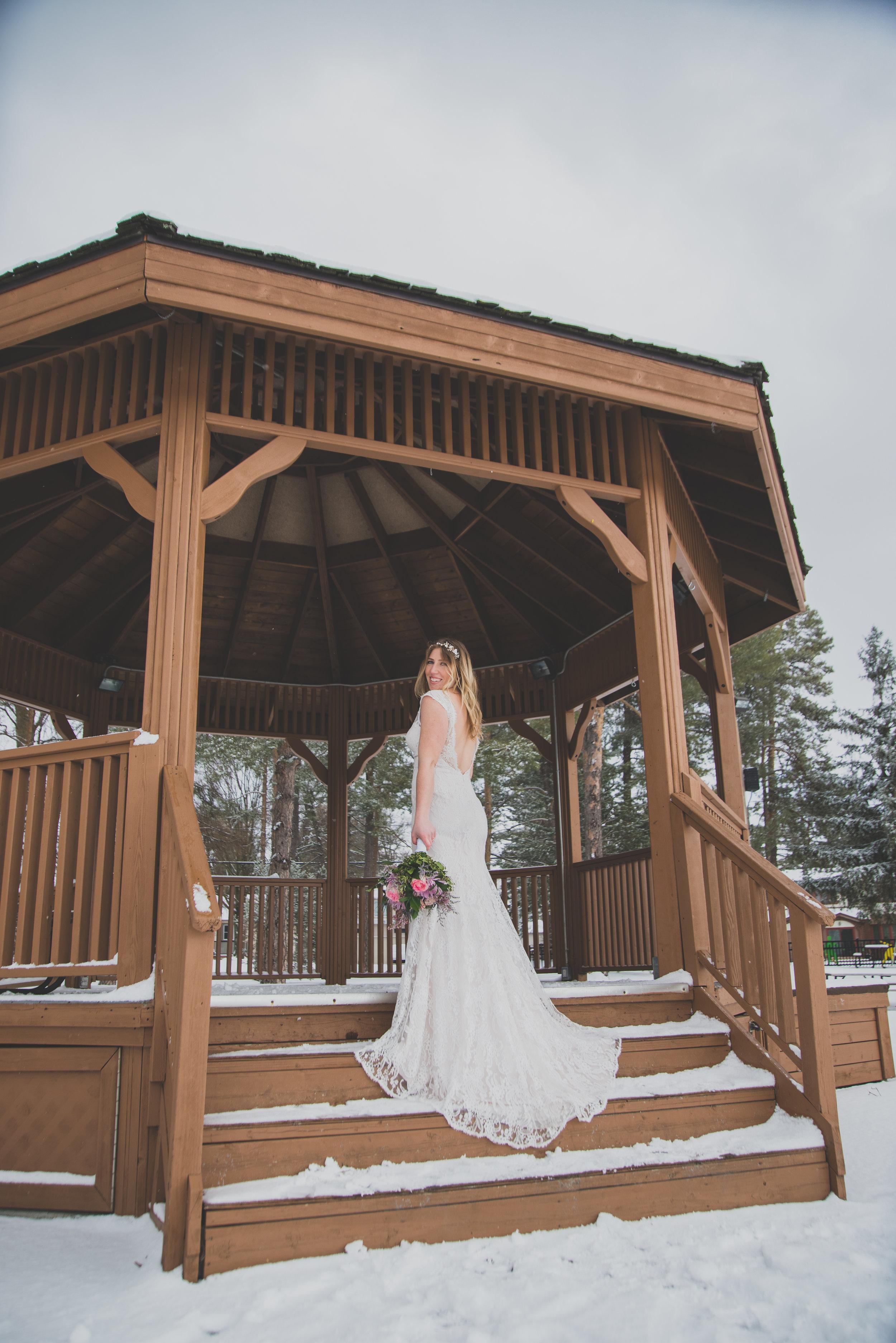 AlcockProductions-NatalieGord-Wedding_0076.jpg