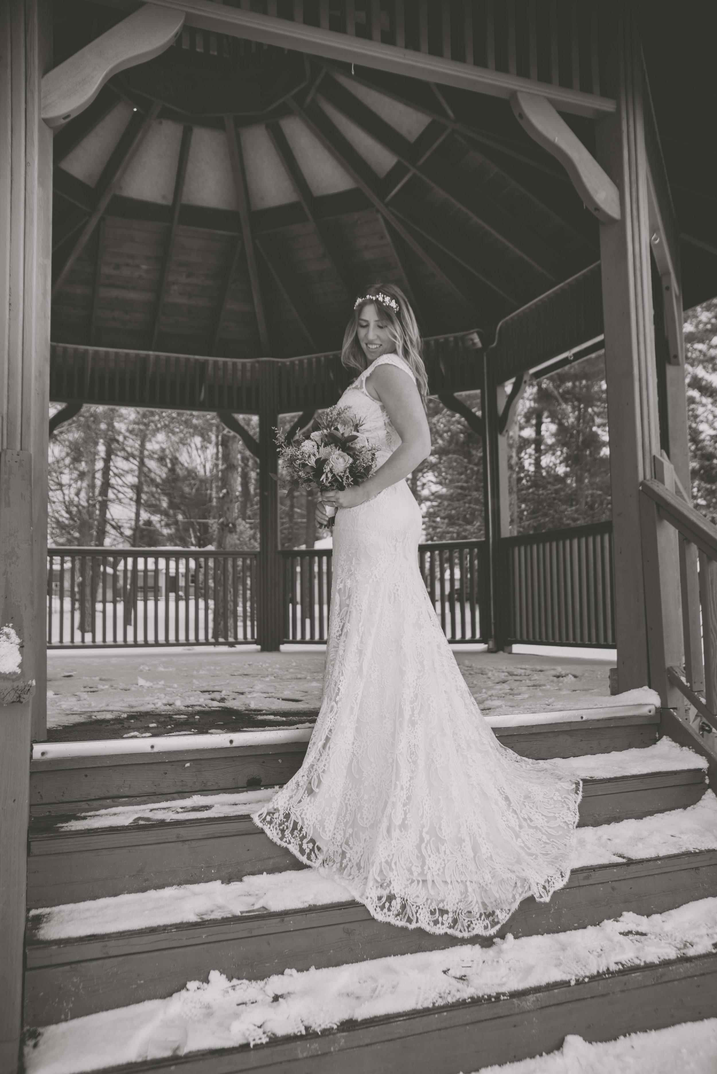 AlcockProductions-NatalieGord-Wedding_0109.jpg