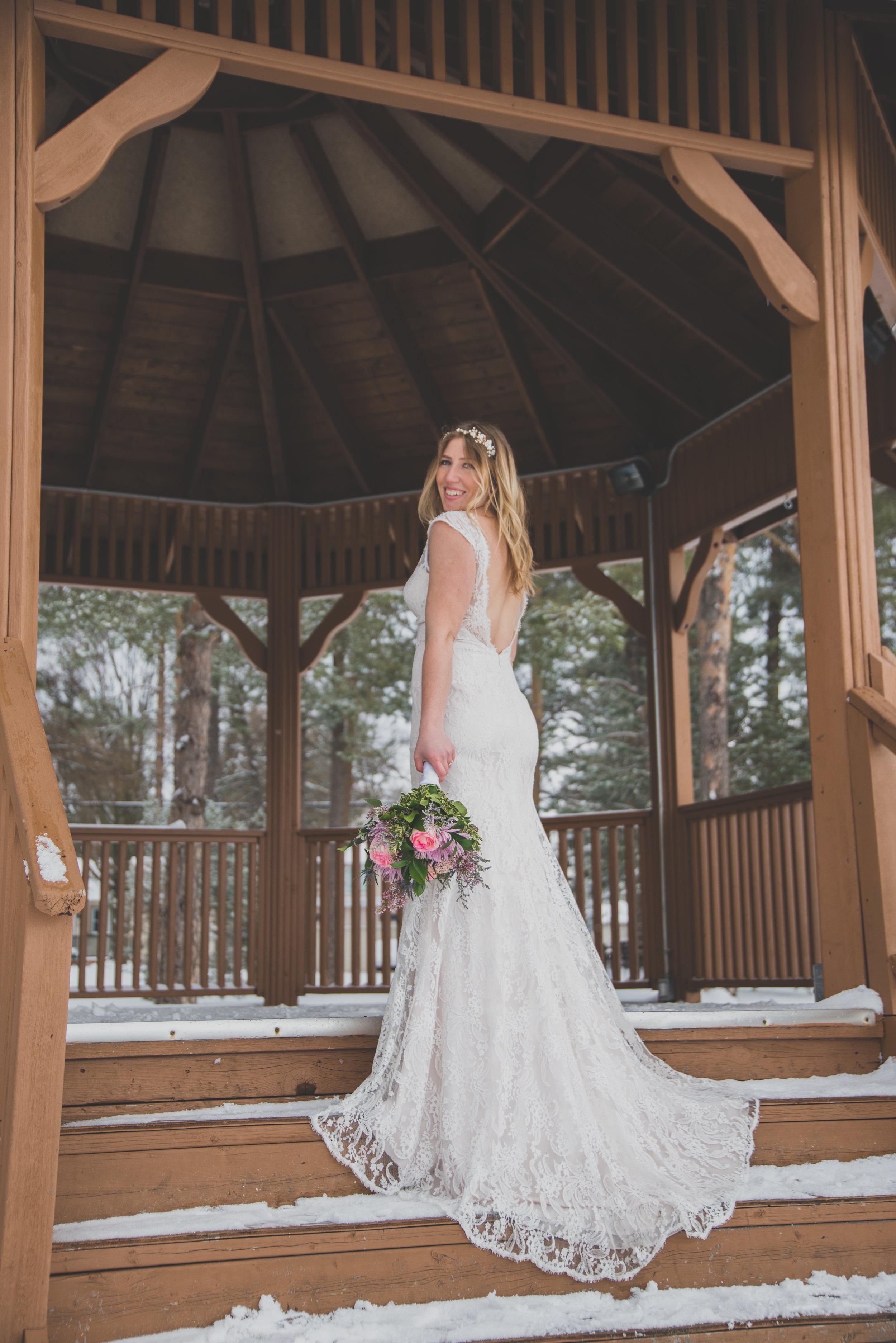 AlcockProductions-NatalieGord-Wedding_0111.jpg