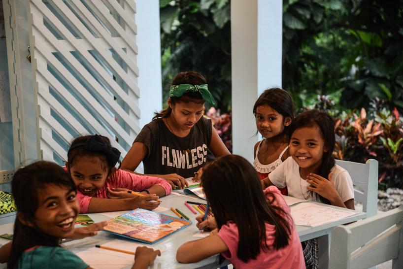 10% af foredragets overskud vil gå til indkøb af læringsmateriale til børnene i fritidsordningerne. -