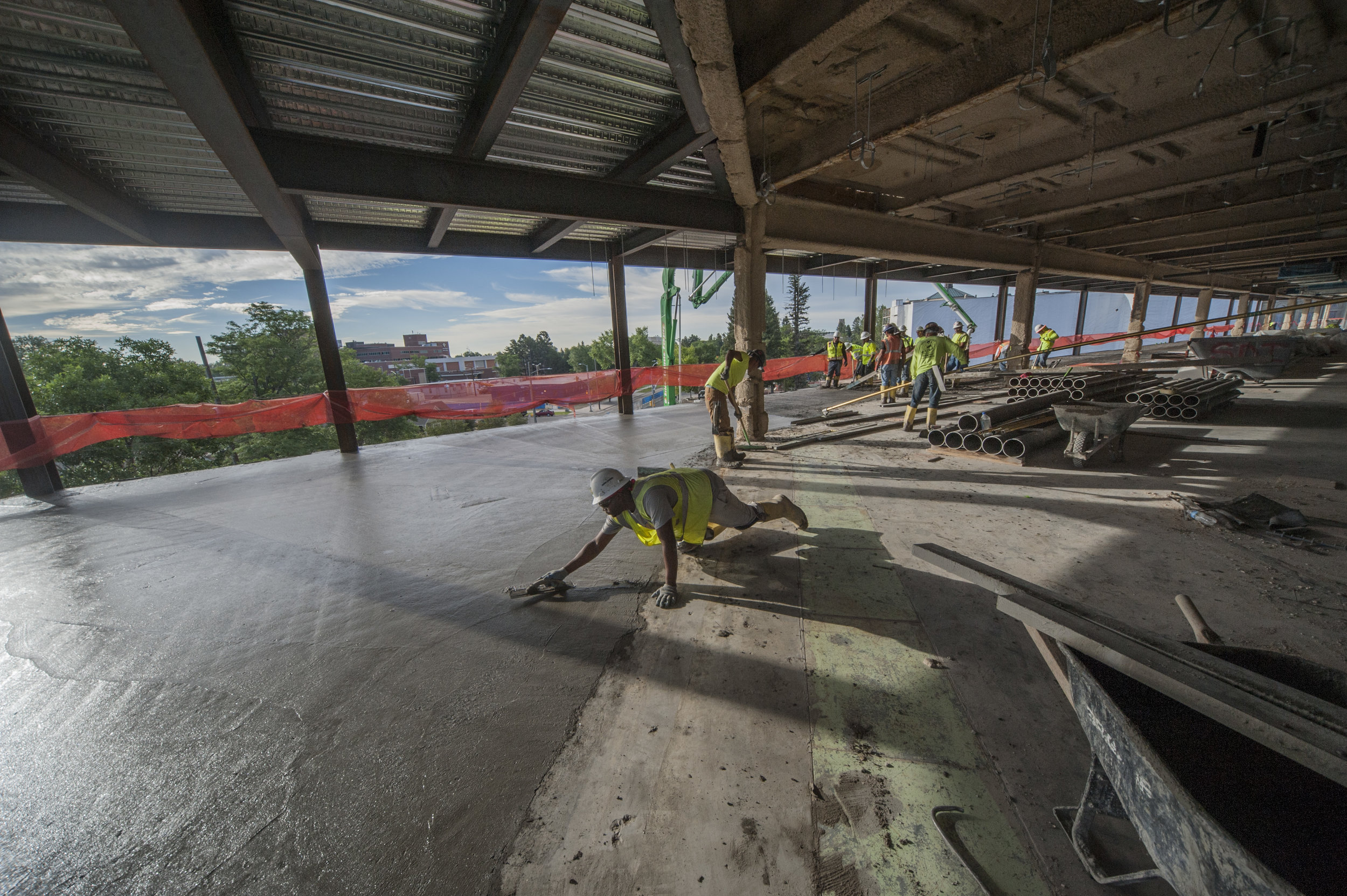 Final touches on the third floor. The slab on the third floor is 5 ½ inches thick with a surface area of about 6,500 square feet.