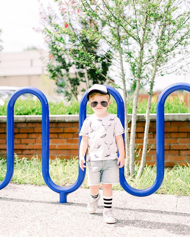 Mamas' where do you love to shop for your little boy?! . 🤓 . I have too much fun dressing Mark up and I am always looking for cute new places to shop for him! . 🙈 . We just wrapped up a trip to Target 🎯. Some times you just need to grab a Starbucks, a cake pop for the littles, browse the store and take a break from the house. Am I right? . 🙌🏻 . We left with a new Batman LEGO set to build with Grampy this evening!