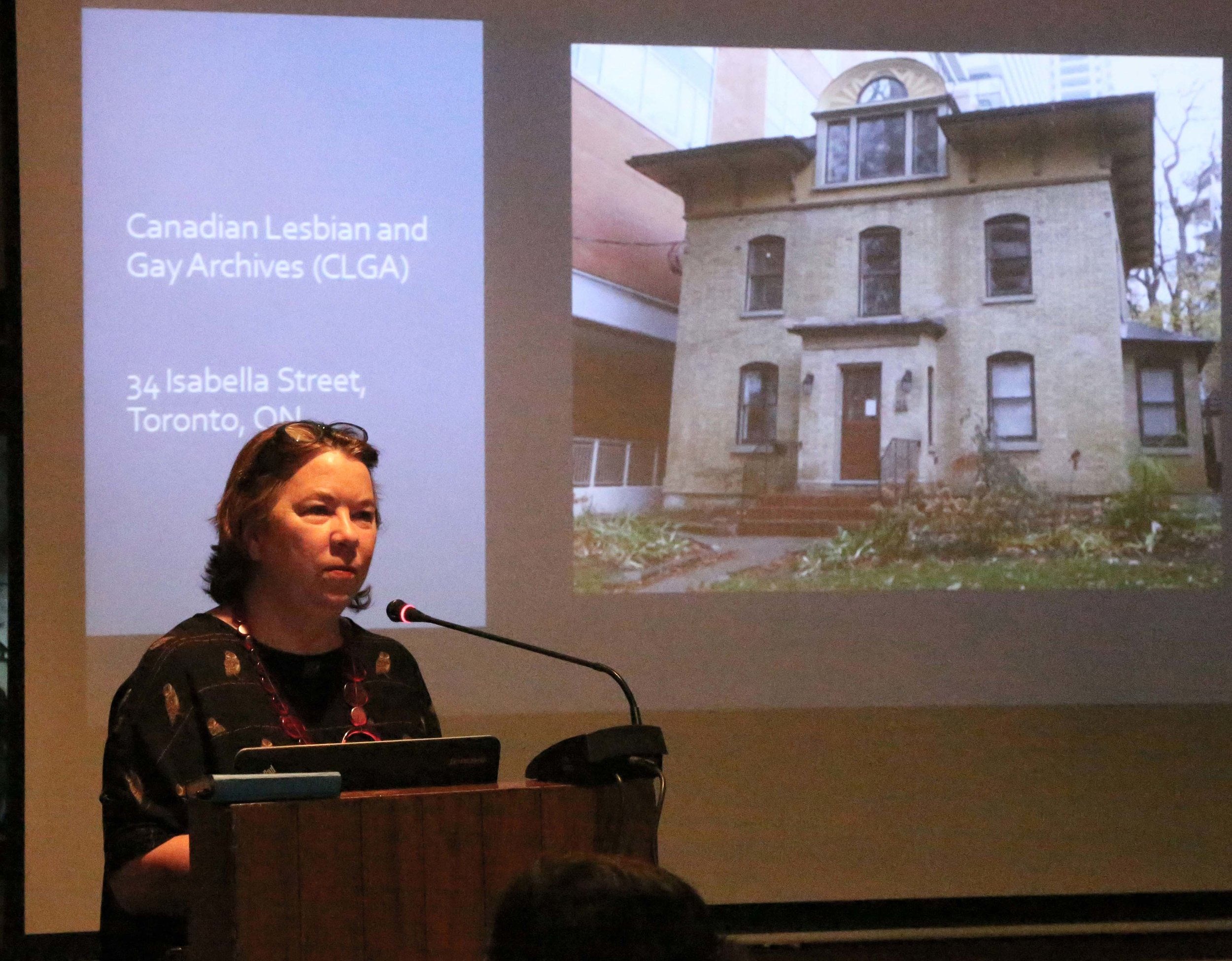 Elspeth Brown presenting at IIC (Photo: Alkazi Photographic Archives, 2019).