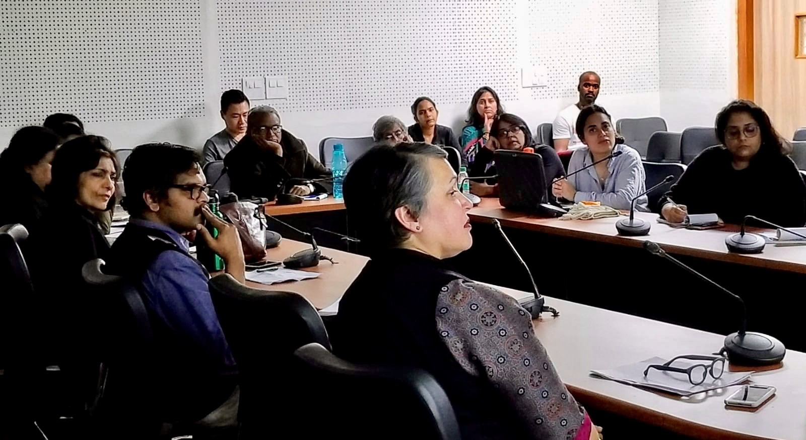 Participants in the roundtable at Jawaharlal Nehru University (Photo: AMin Lalani, 2019).