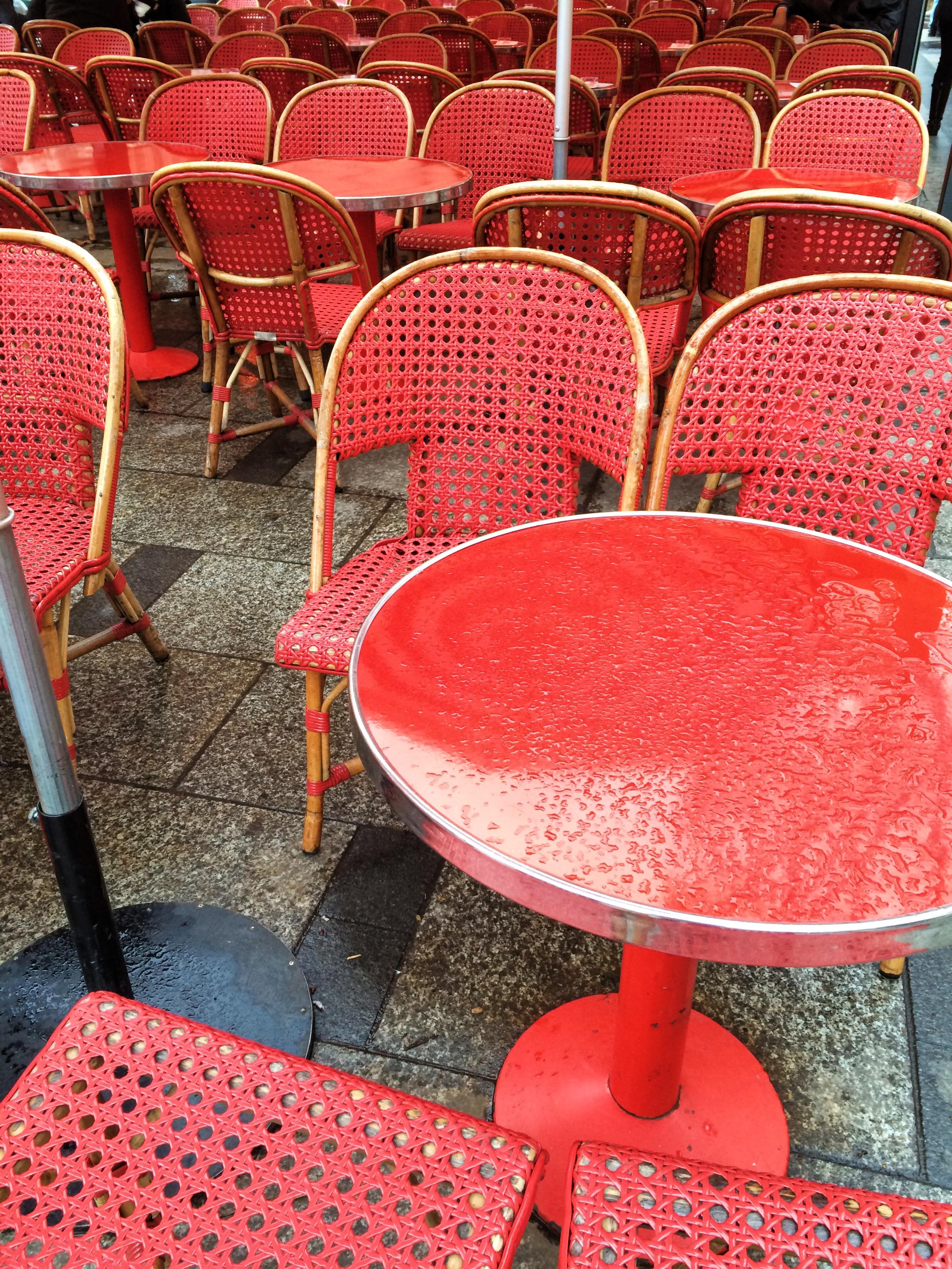 Paris   source: Alexis Rockley, Local (Tourist)