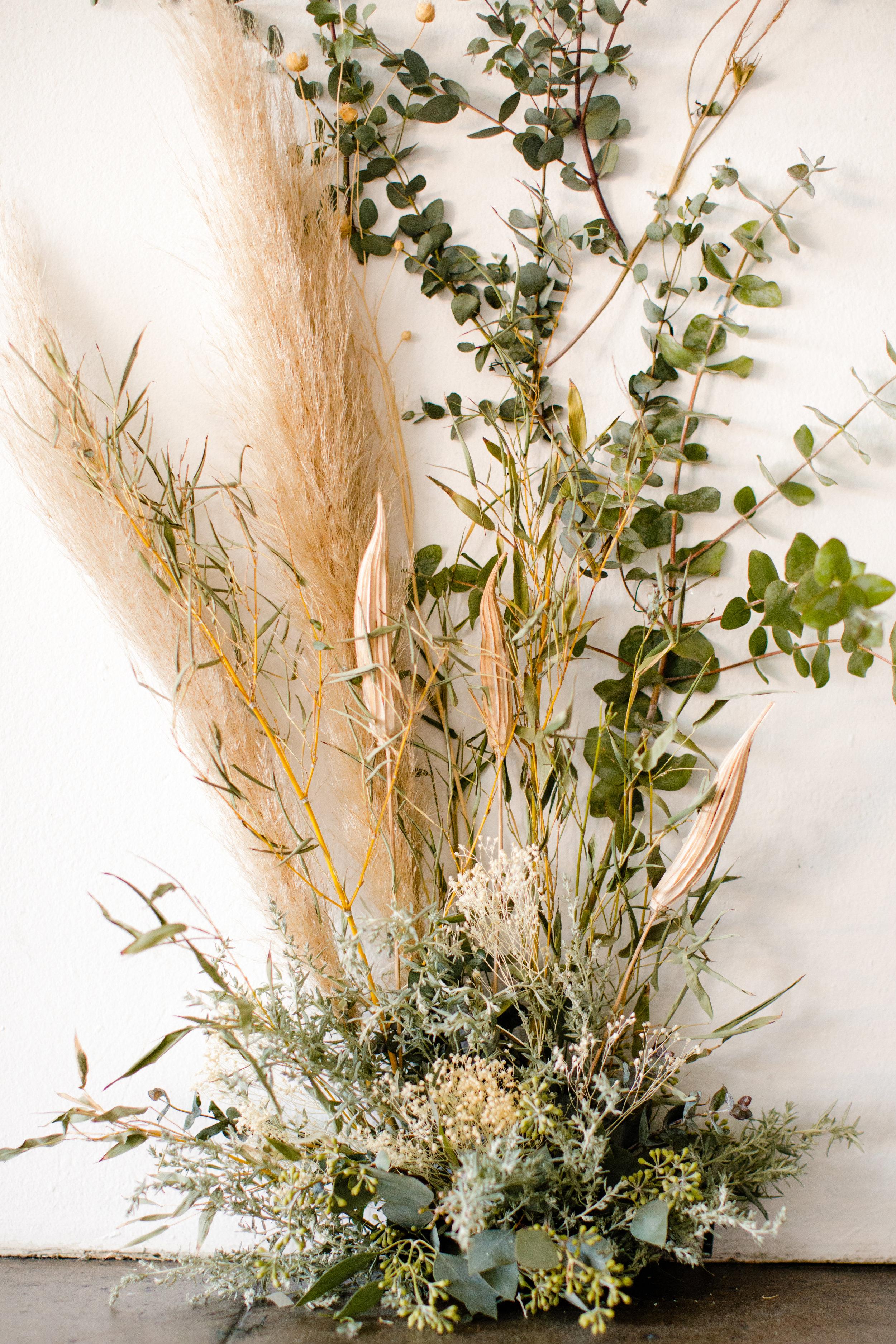 Dried_Flower_Wedding_Sibyl_Sophia_Des_Moines_Iowa.jpg