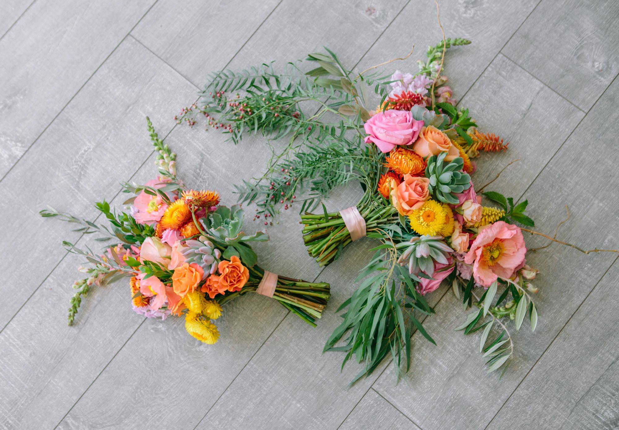 Bright_Florals_Two_Bouquets_Sibyl_Sophia_Des Moines.jpg