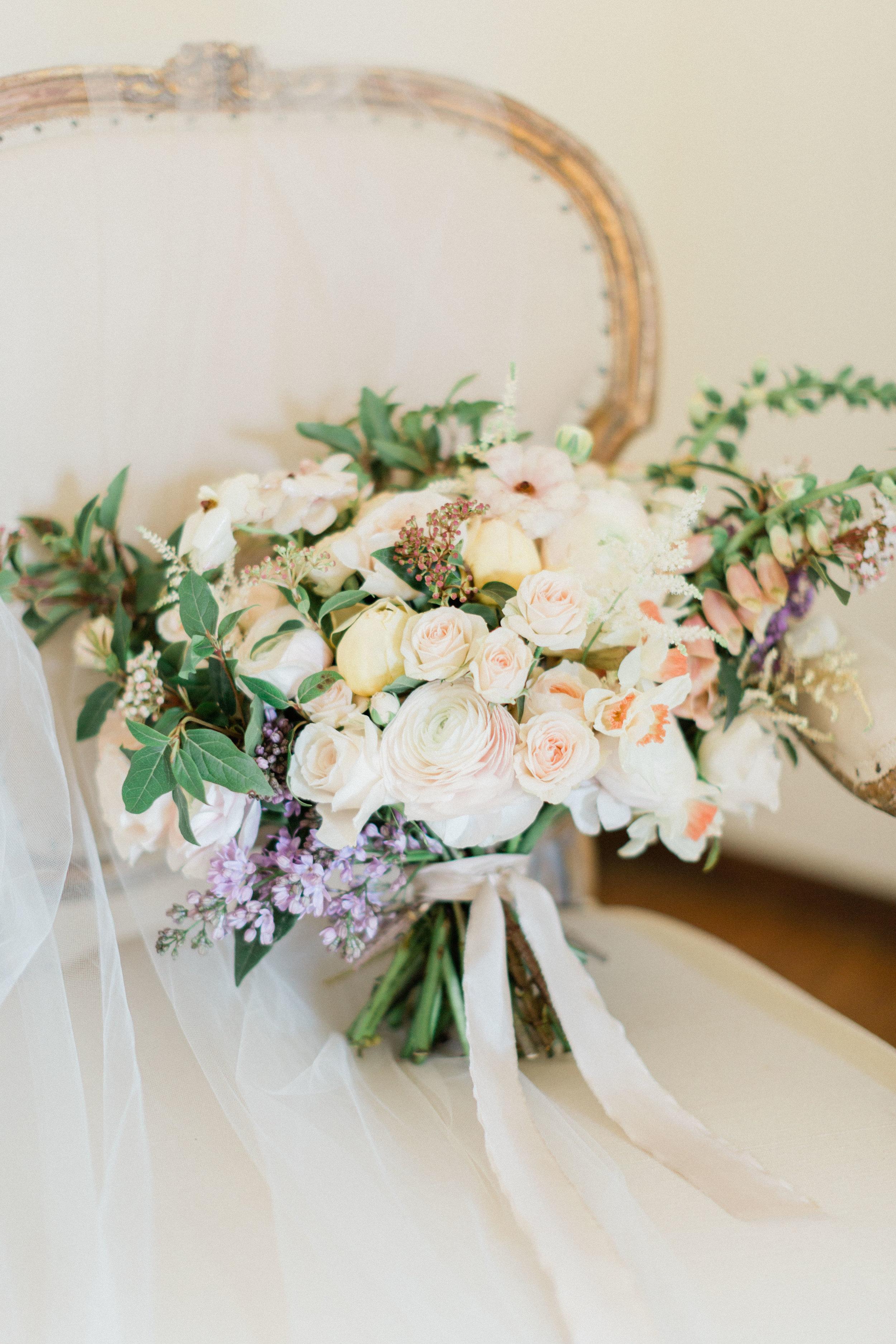 Garden_Style_Lush_Florals_Sibyl_Sophia_Des_Moines_Iowa.jpg