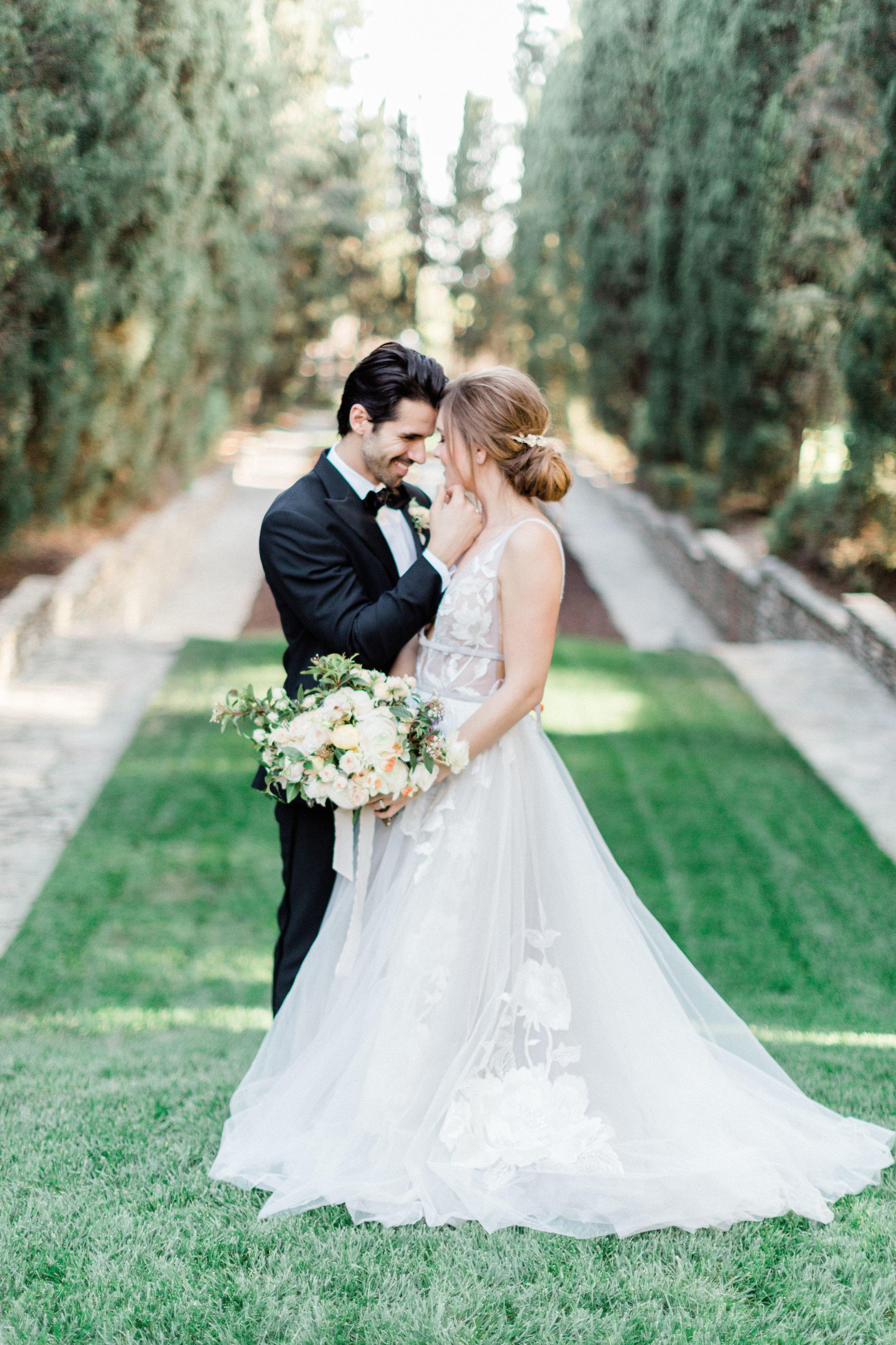 Garden_Style_Lush_Wedding_Florals_Sibyl_Sophia_Des_Moines_Iowa.jpg