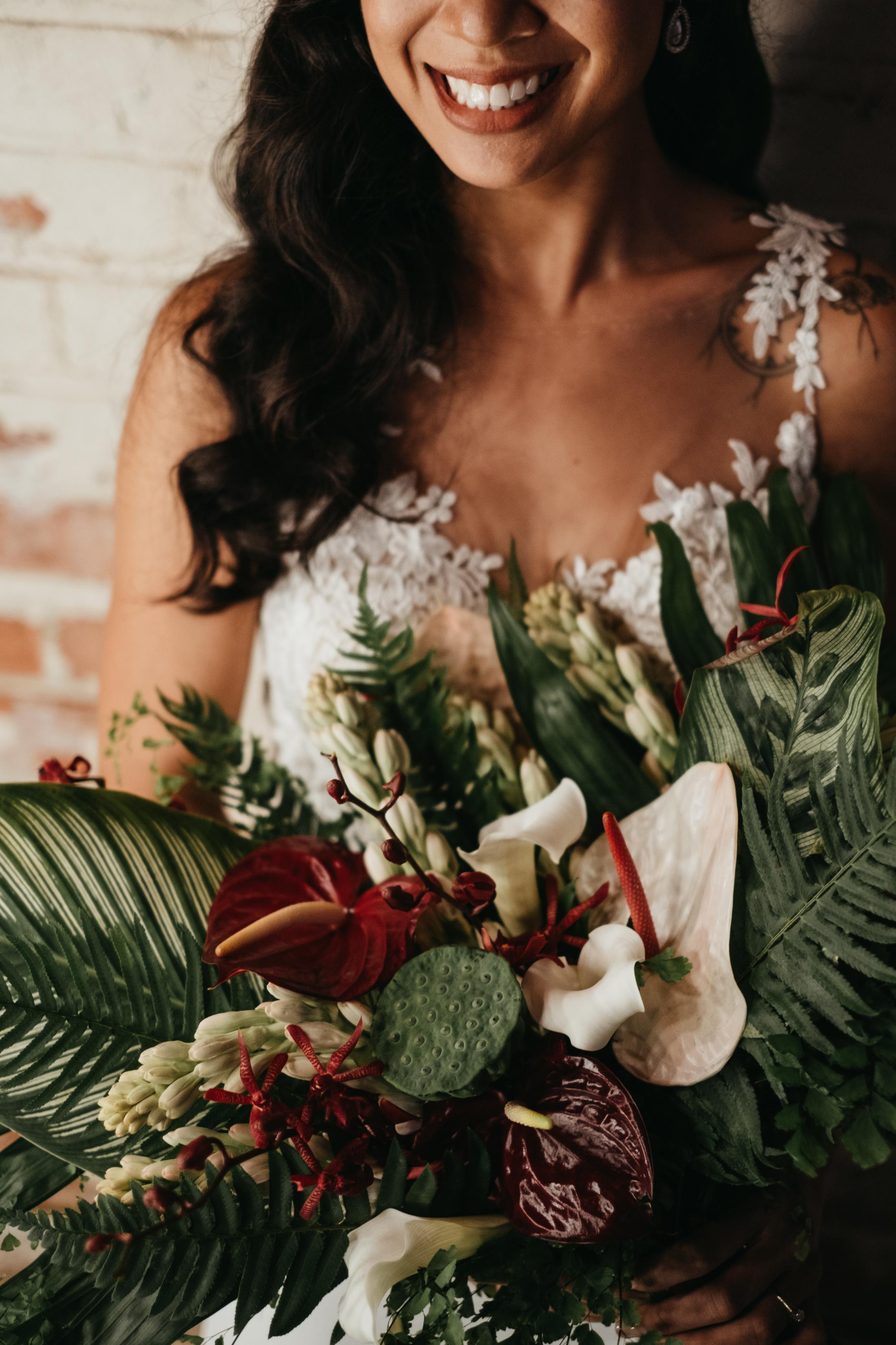 Dark_Tropical_Florals_Sibyl_Sophia.jpg