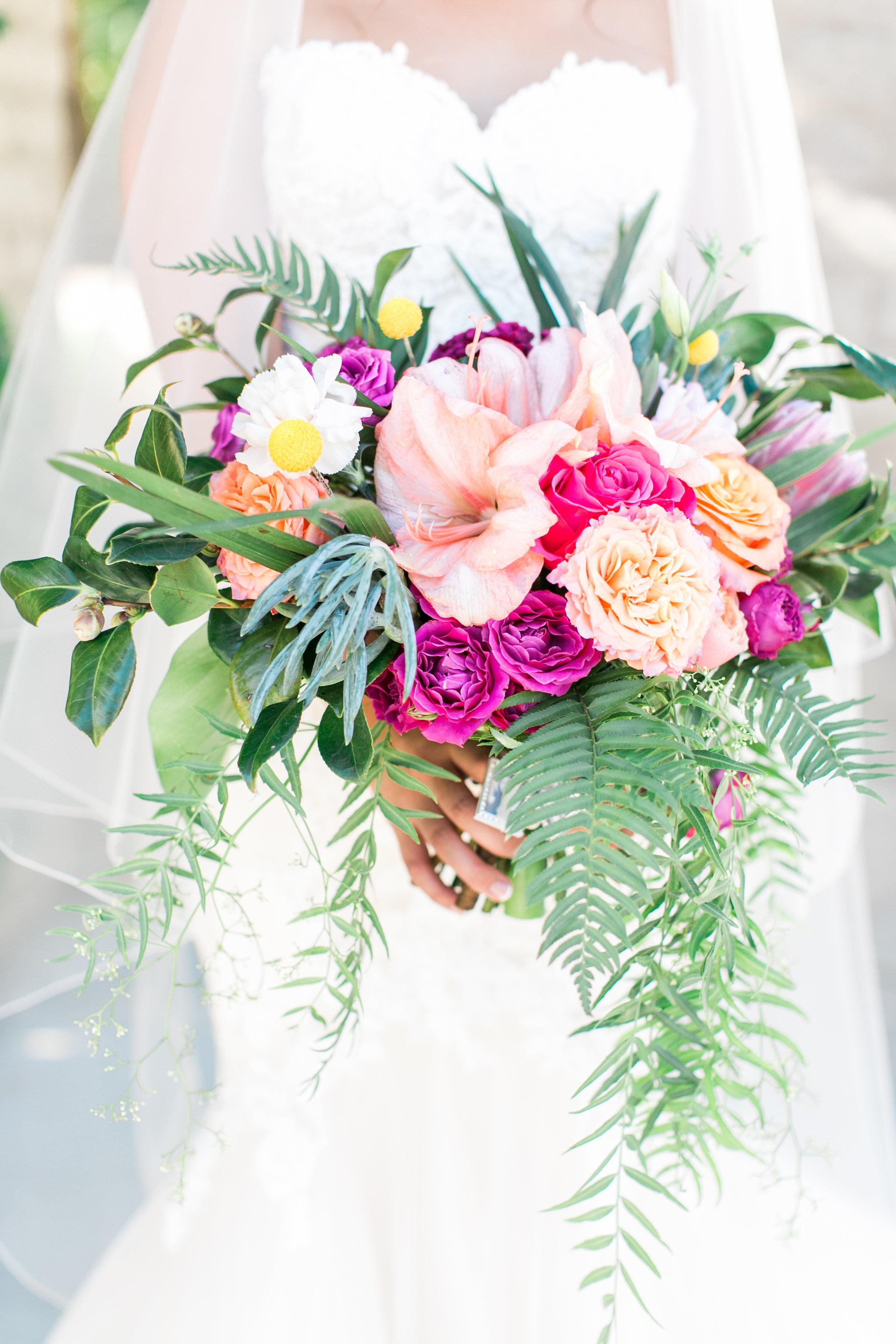 Bright_Tropical_Florals_Sibyl_Sophia_Bouquet.jpg