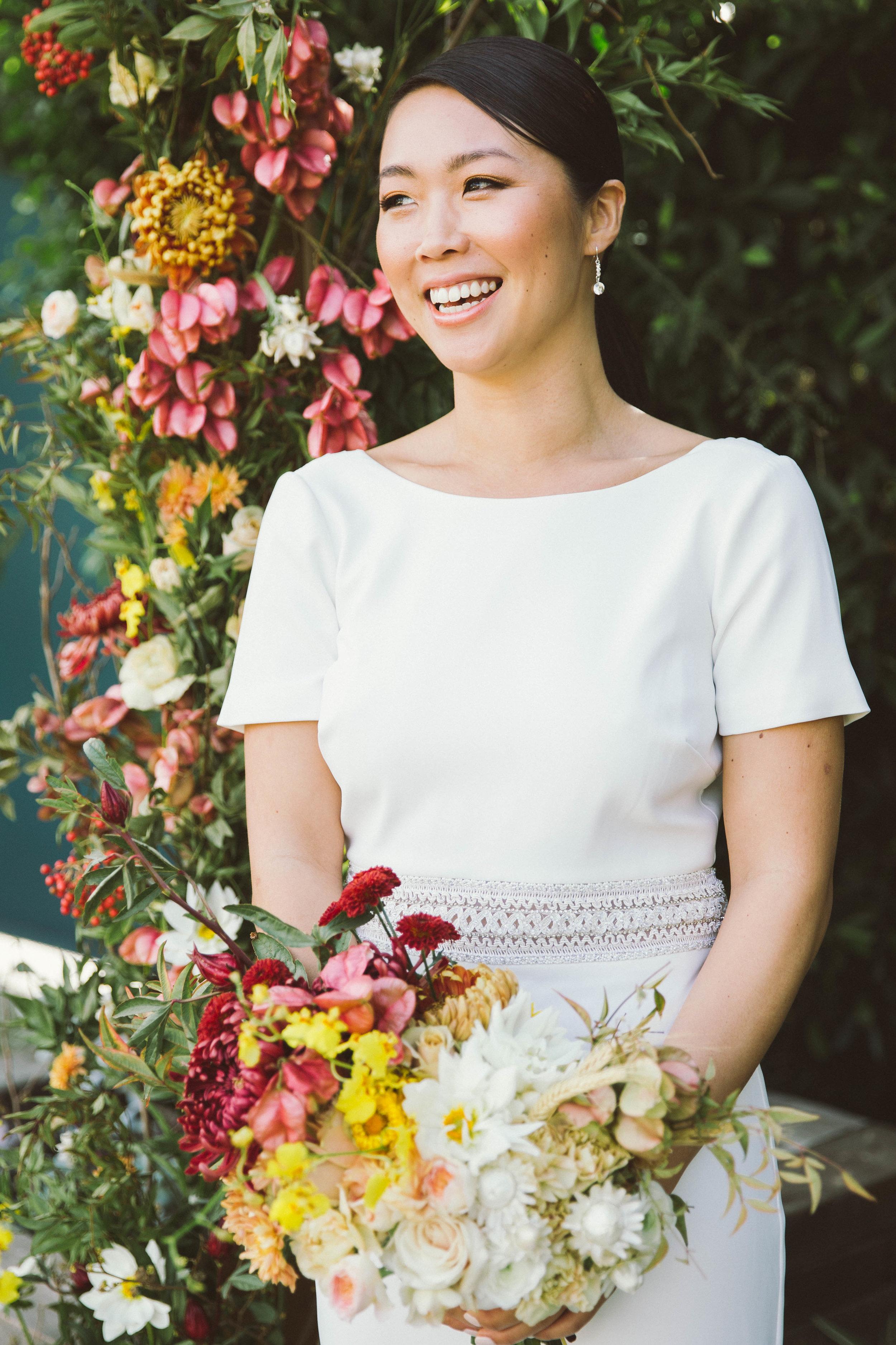 Bold_Florals_Iowa_Centerpiece_Bride_Bouquet.jpg