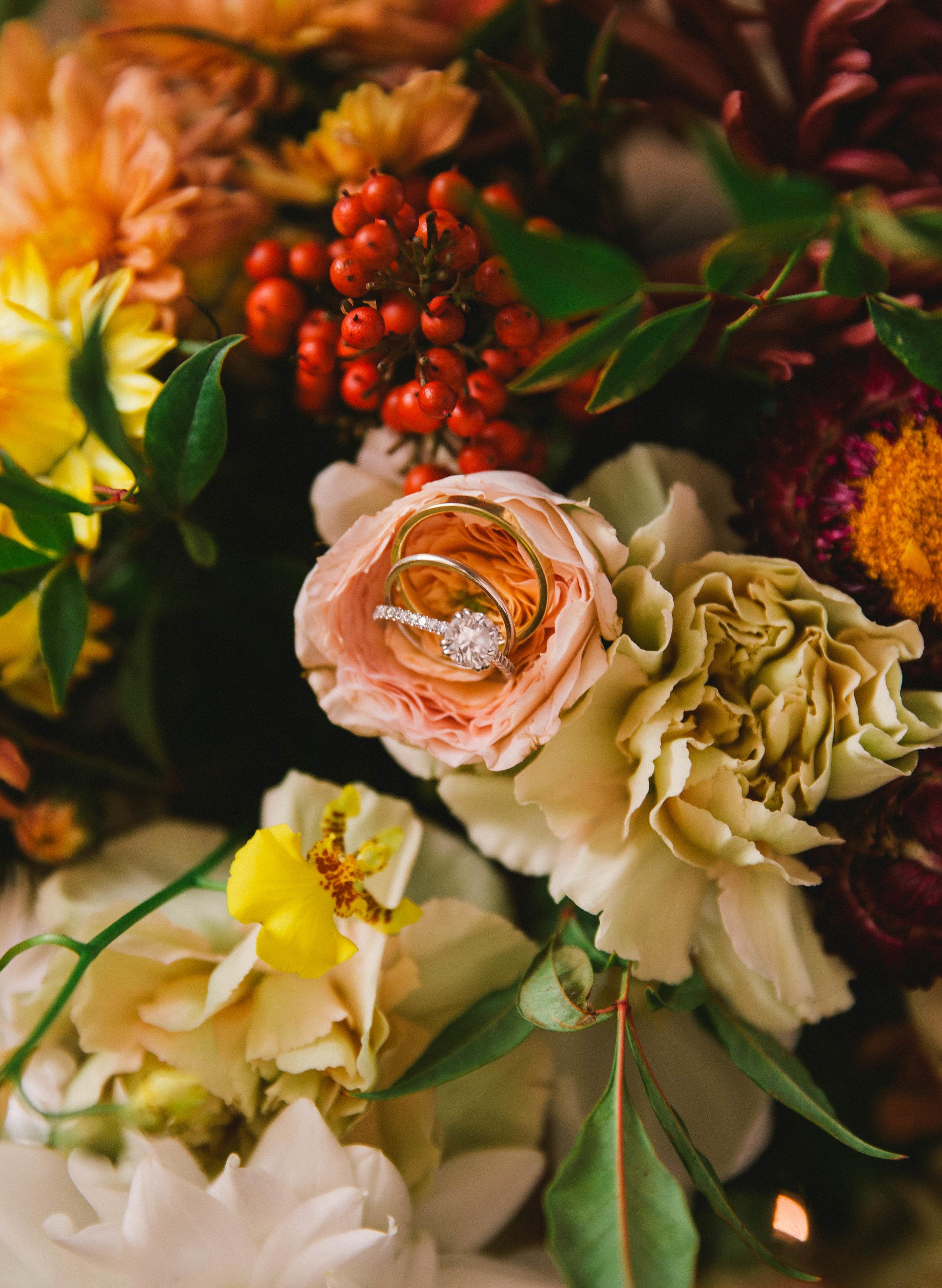 Bold_Florals_Iowa_Wedding_Ring.jpg