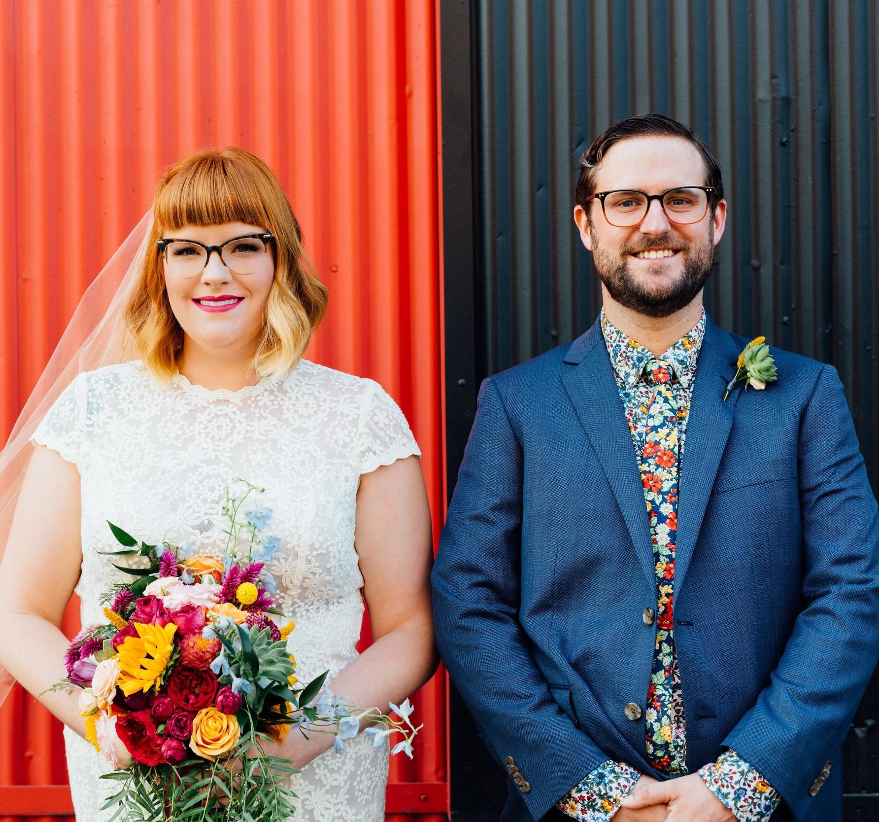 Sibyl_Sophia_Des_Moines_Iowa_Bright_Wedding_Florals_Bride_Groom.jpg