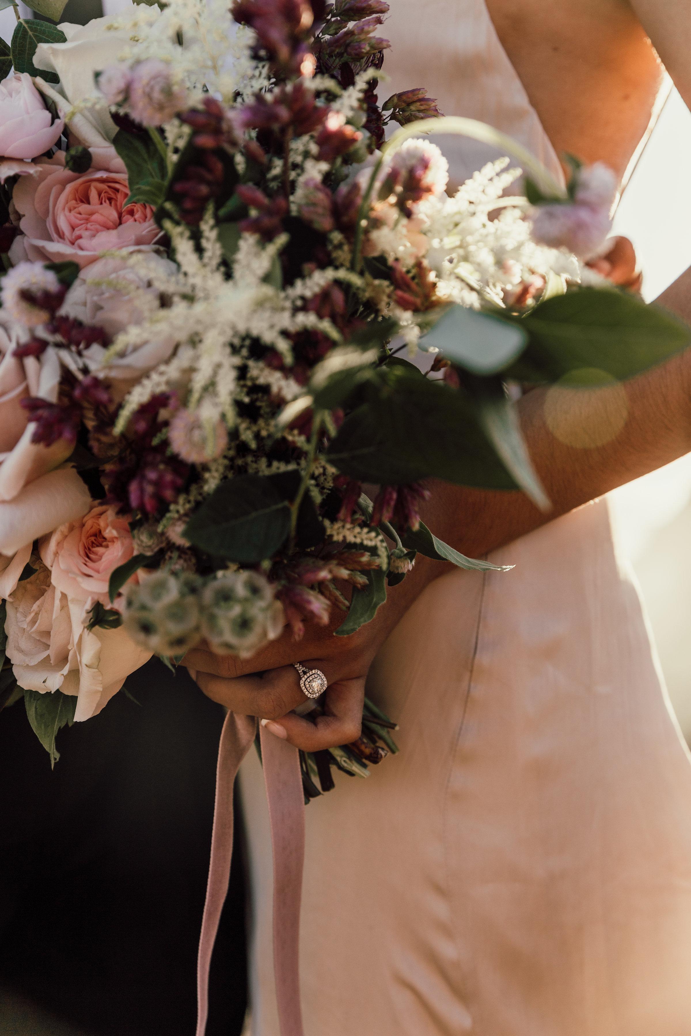Textured_Garden_Style_Florals_Sibyl_Sophia_Bouquet_Florals.jpg