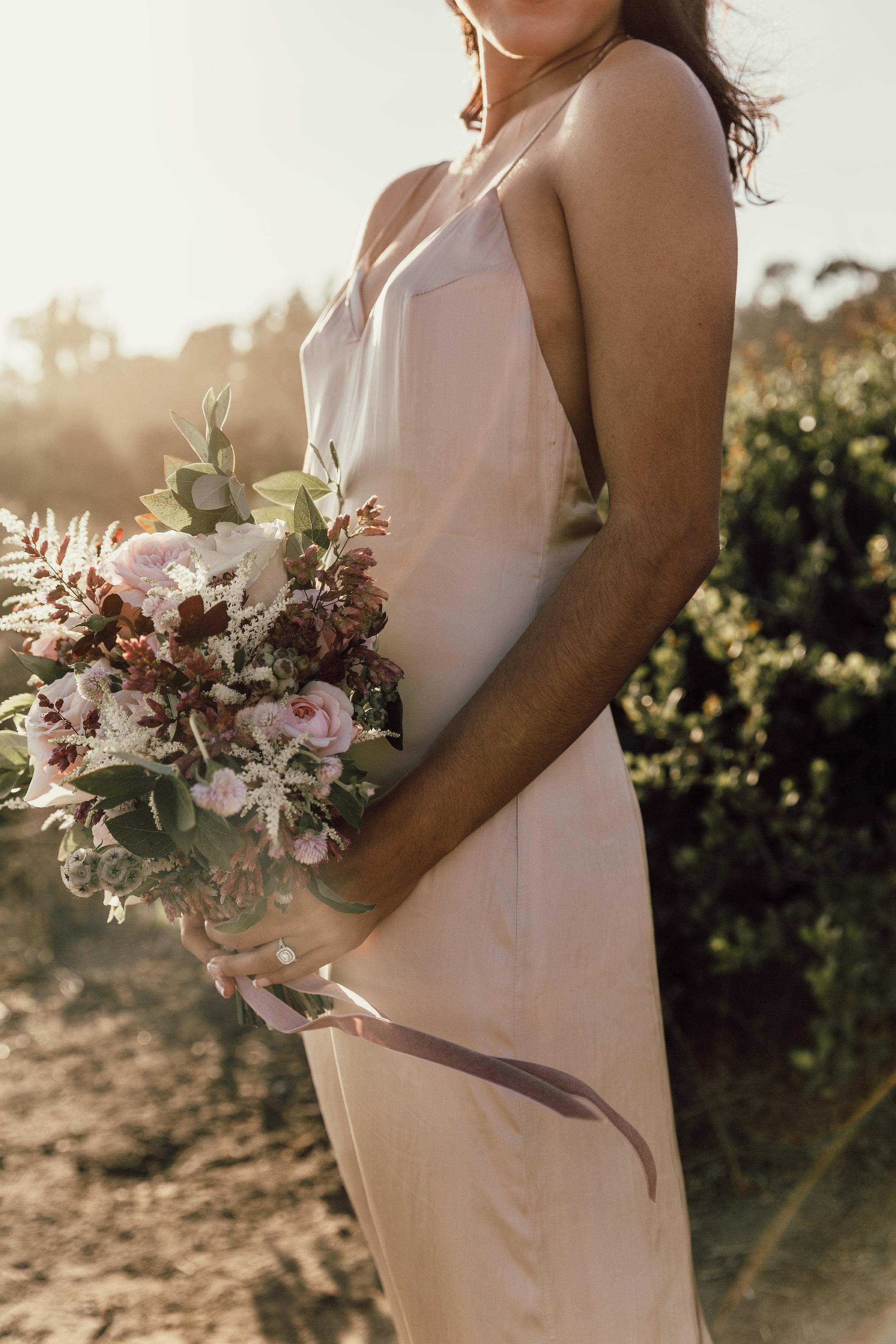 Textured_Garden_Style_Florals_Sibyl_Sophia_Bouquet.jpg