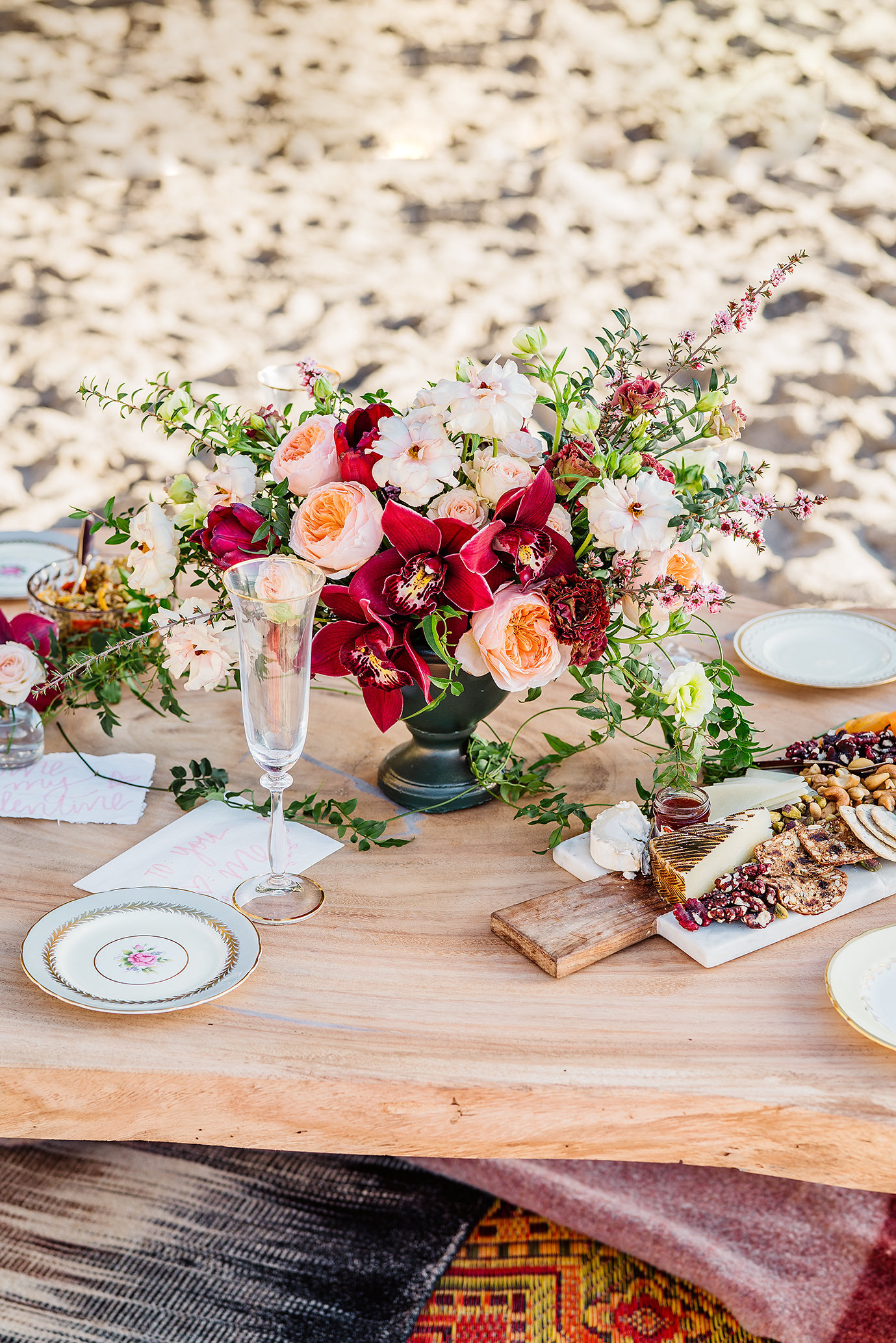 Garden_Beach_Florals_Sibyl_Sophia_Galentines_Fun_Centerpeice.jpg