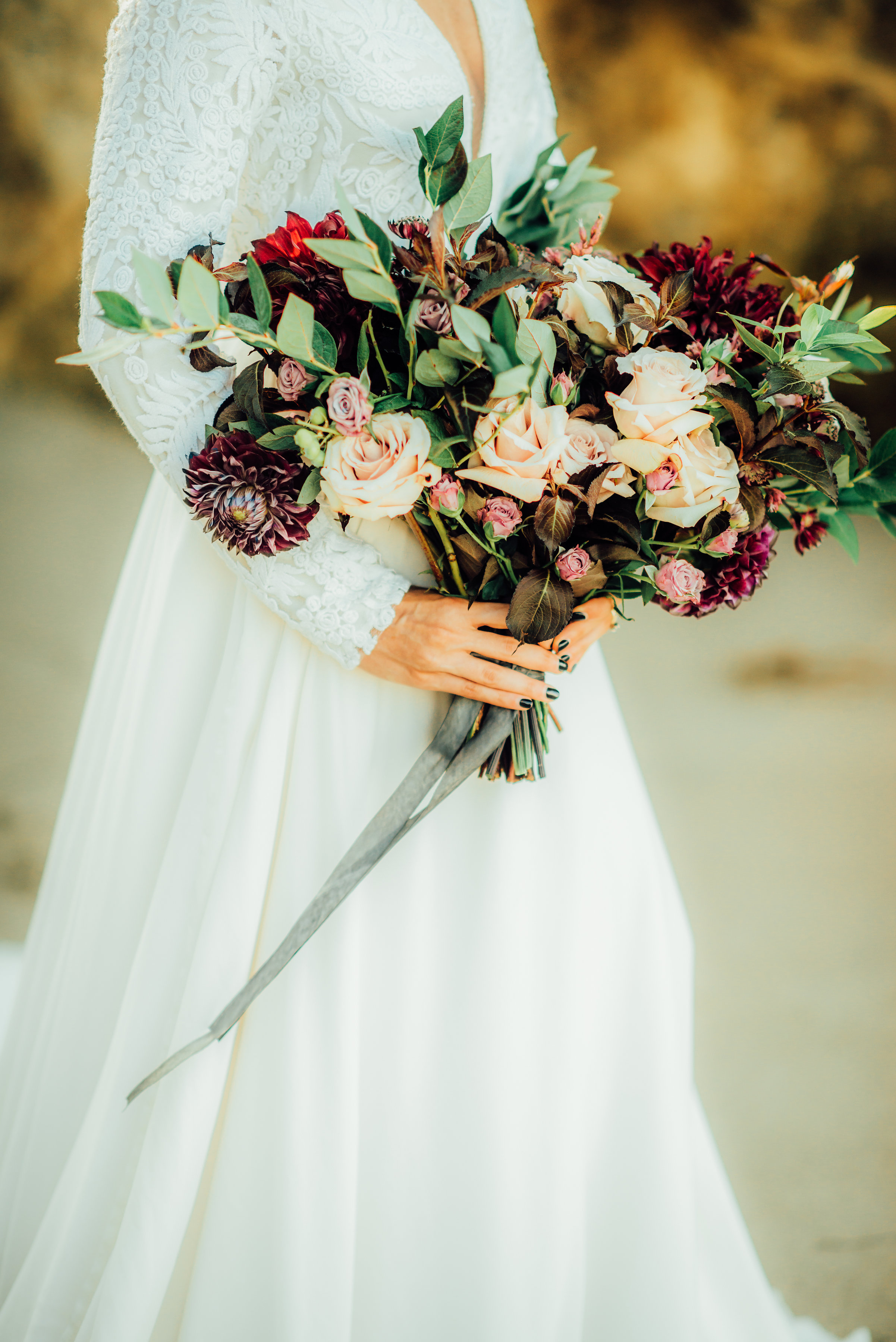 Elopement_Flowers_Sibyl_Sophia_Moody_Garden-Florals_Bouquet.jpg
