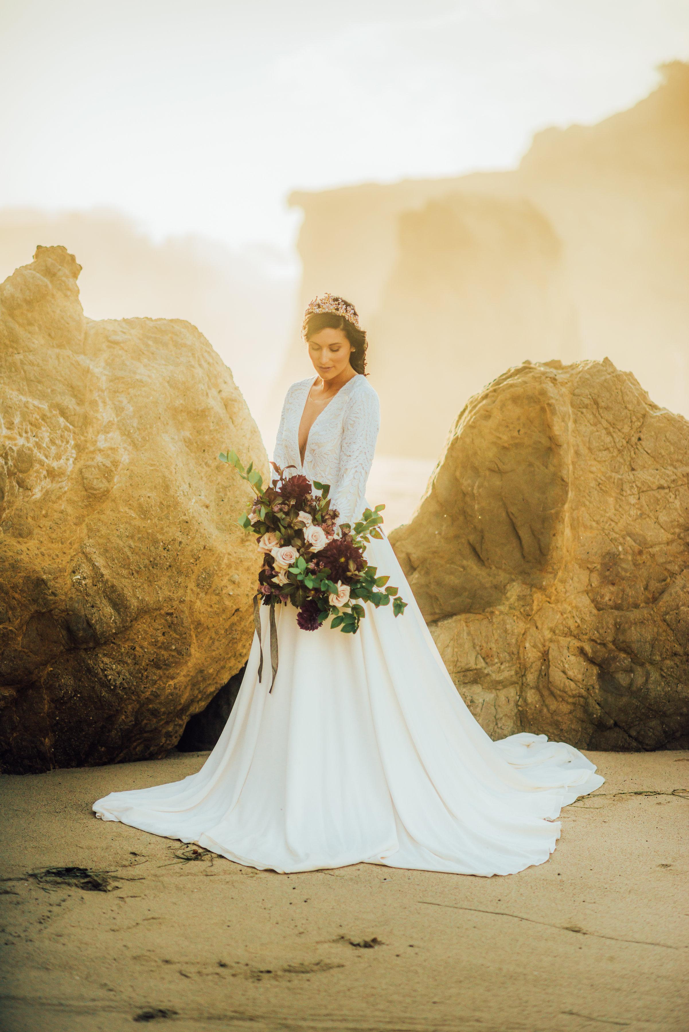 Elopement_Flowers_Sibyl_Sophia_Moody_Garden-Wedding_Florals.jpg