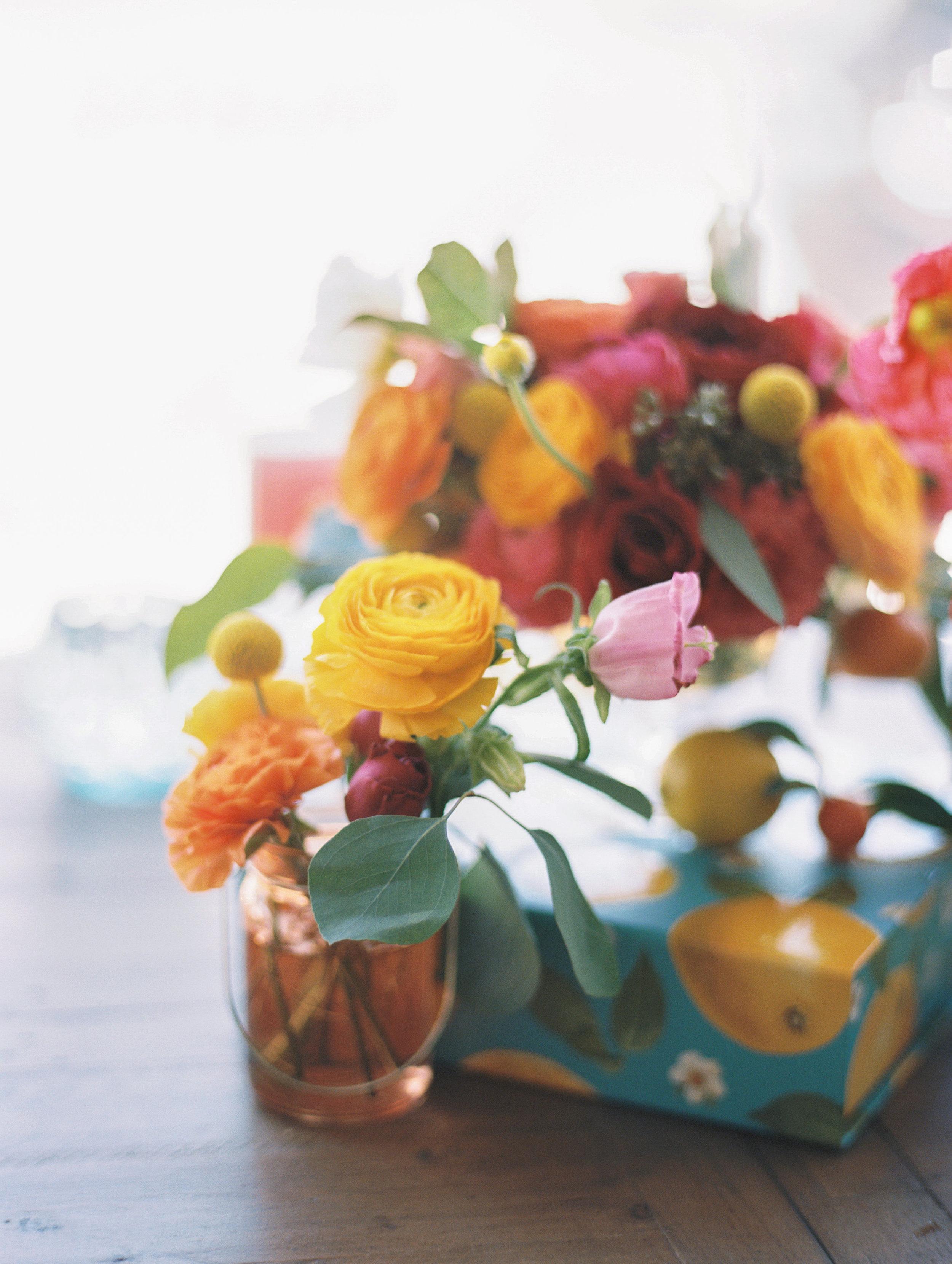 Bright_Cirtus_Florals_Sibyl_Sophia_Centerpiece.jpg