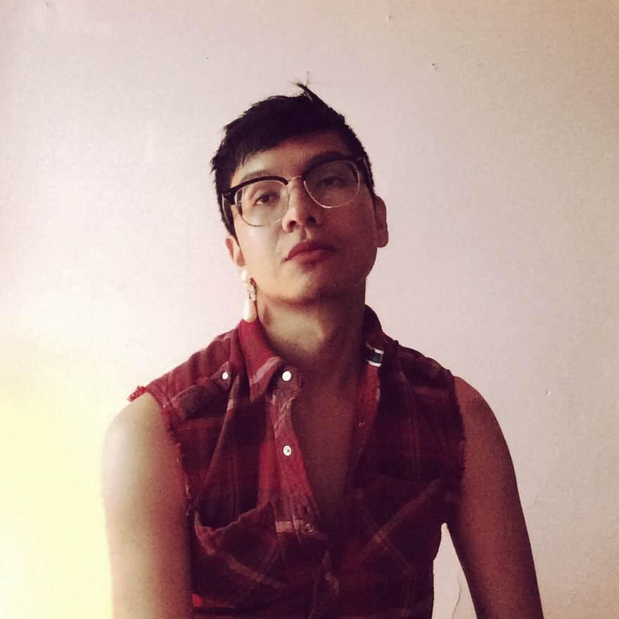 Raf Antonio (2017), 3 stills from collection.