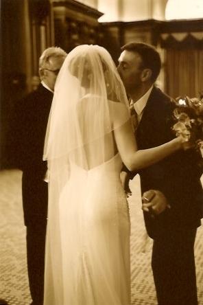 bride-groom-kissing.jpeg