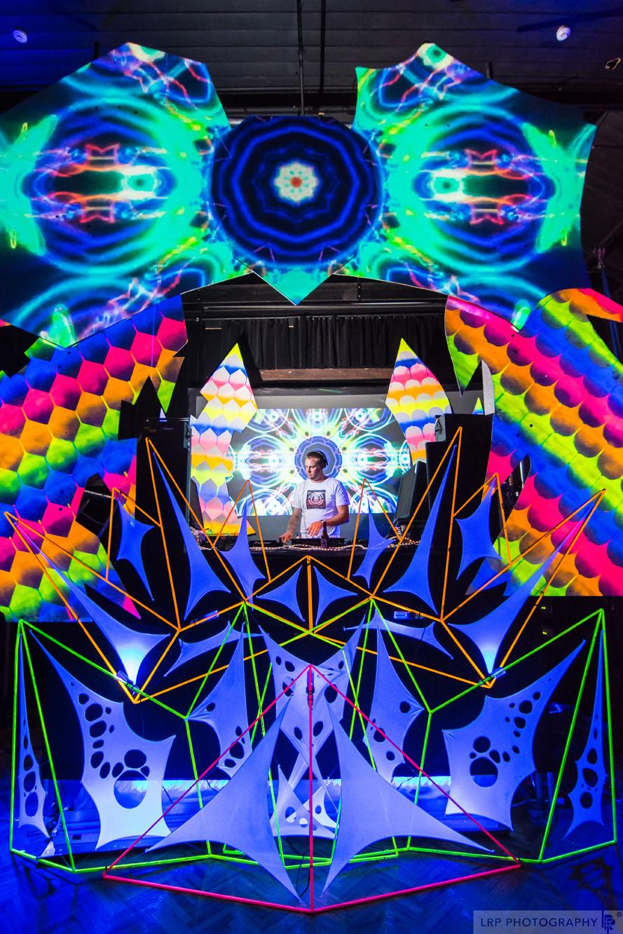Dimension @ Galatos_6216.jpg