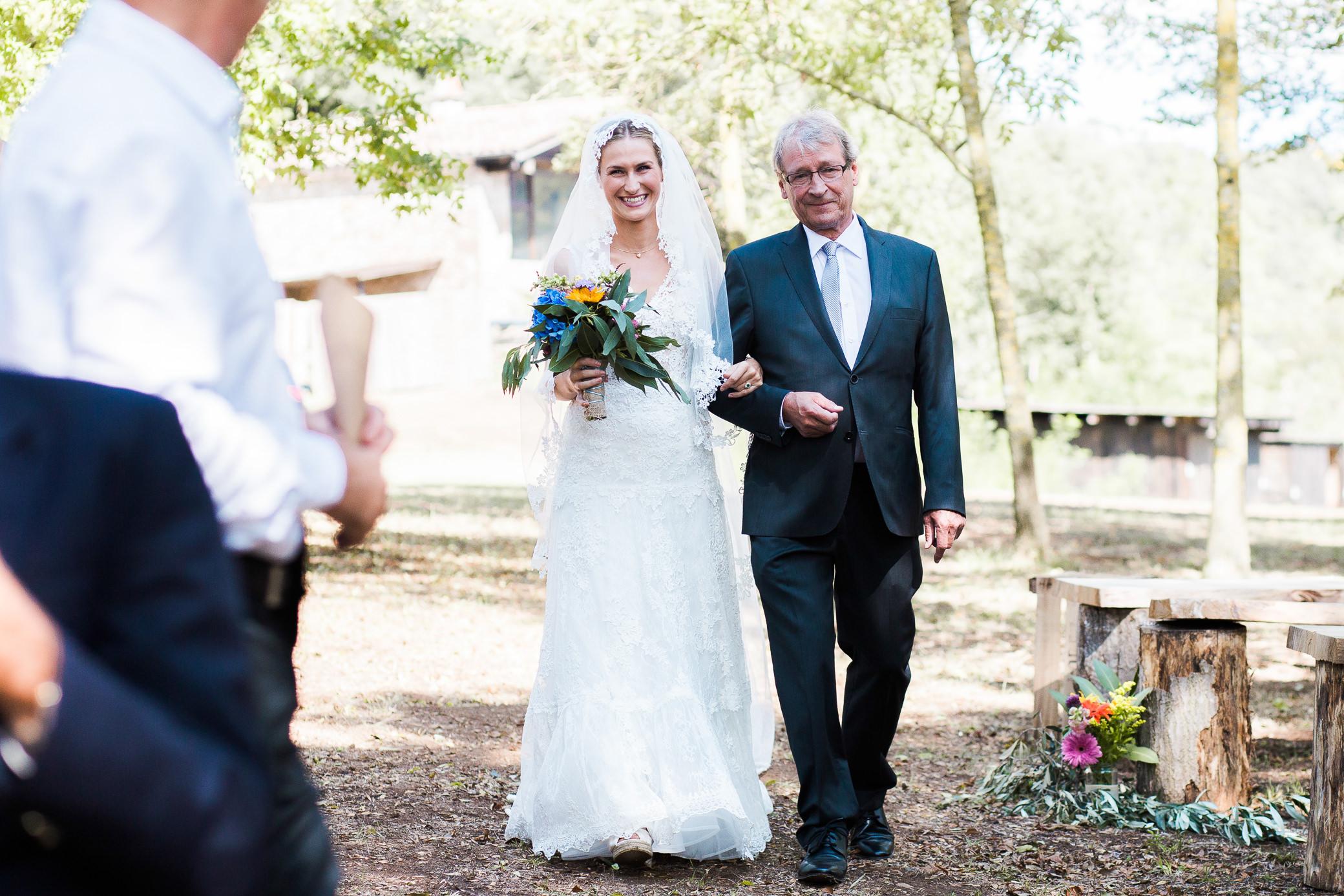 boda-olot-mas-can-batlle-destination-wedding-photografeel-16.jpg